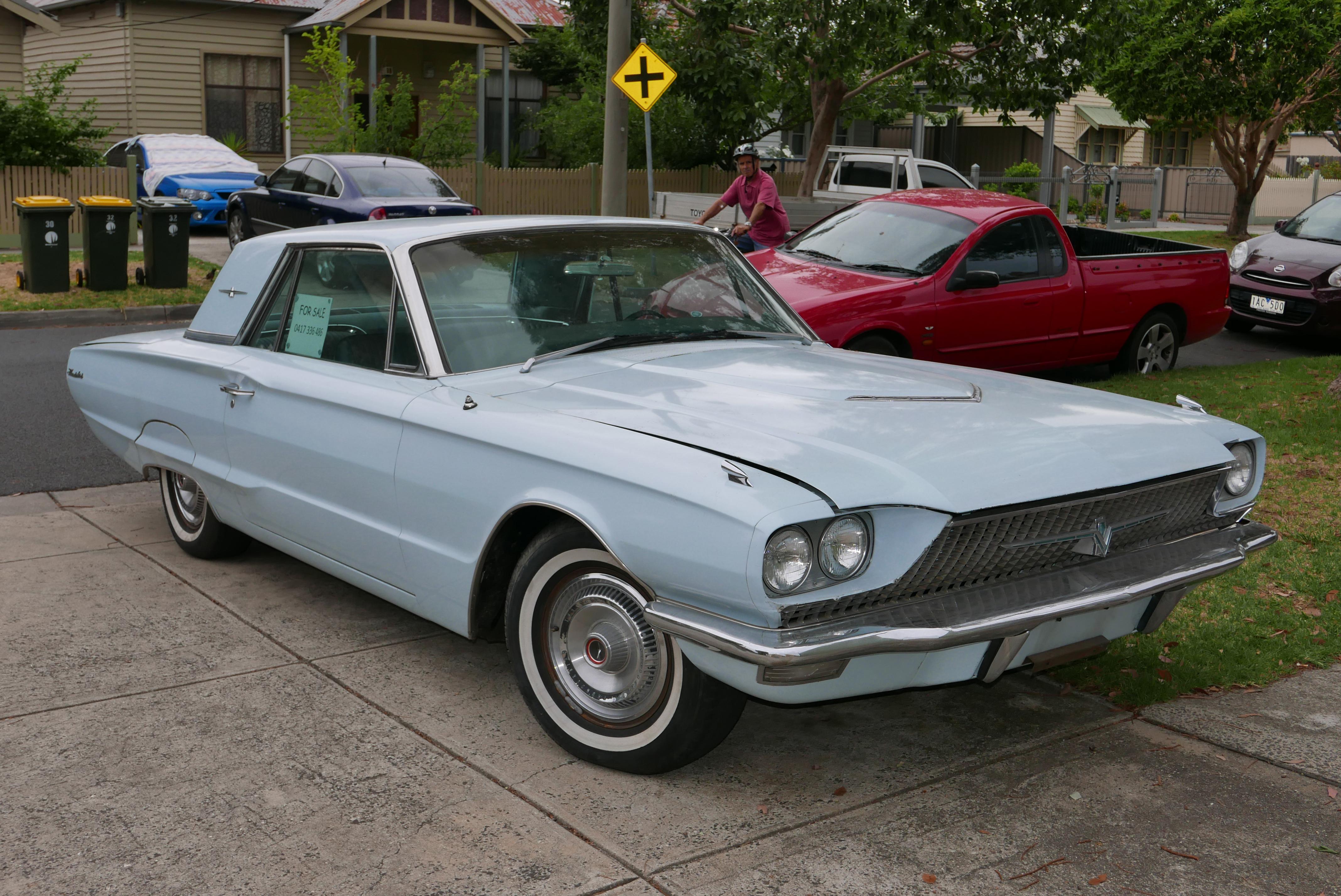 File 1966 Ford Thunderbird 428 coupe 2016 01 04 01 Wikimedia
