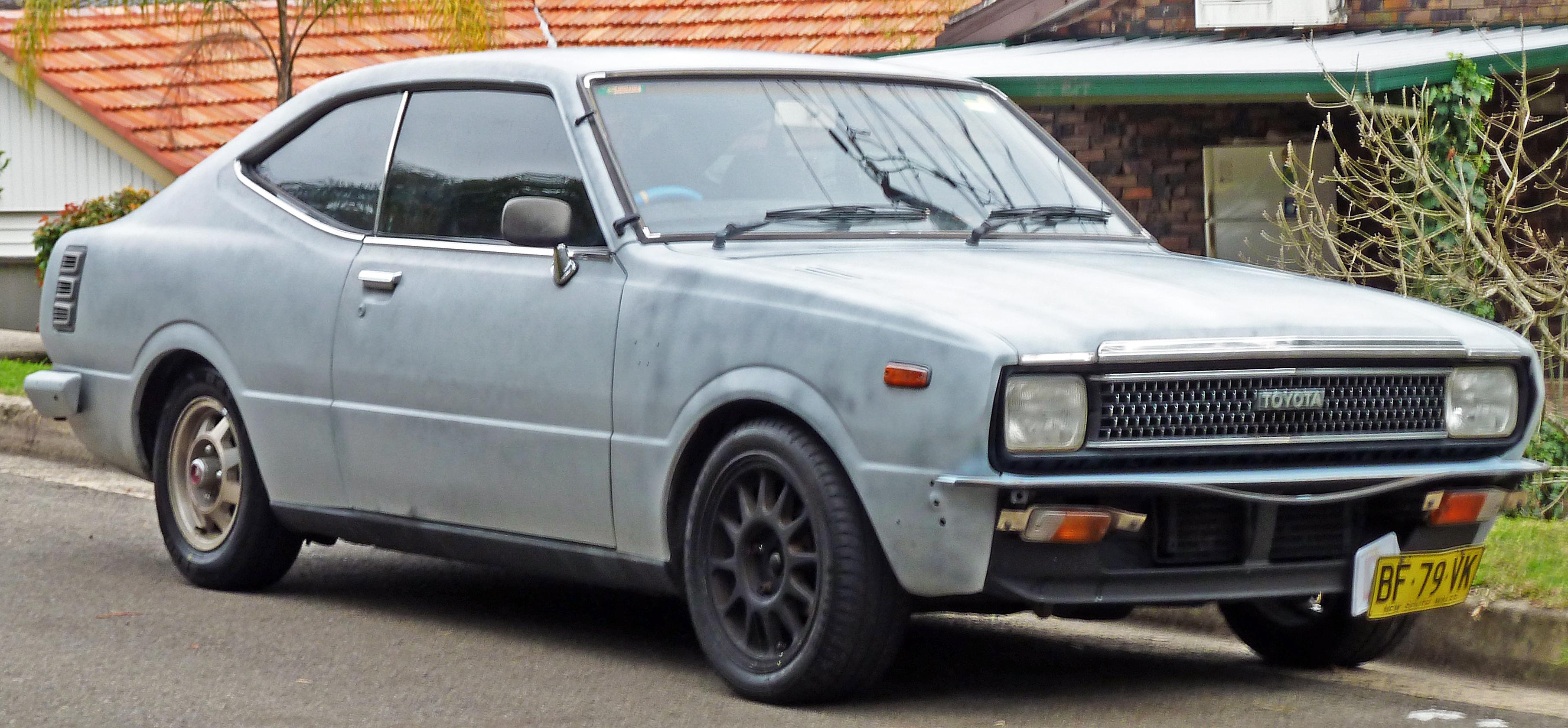 File:1980-1981 Toyota Corolla (KE55R) coupe 01.jpg ...