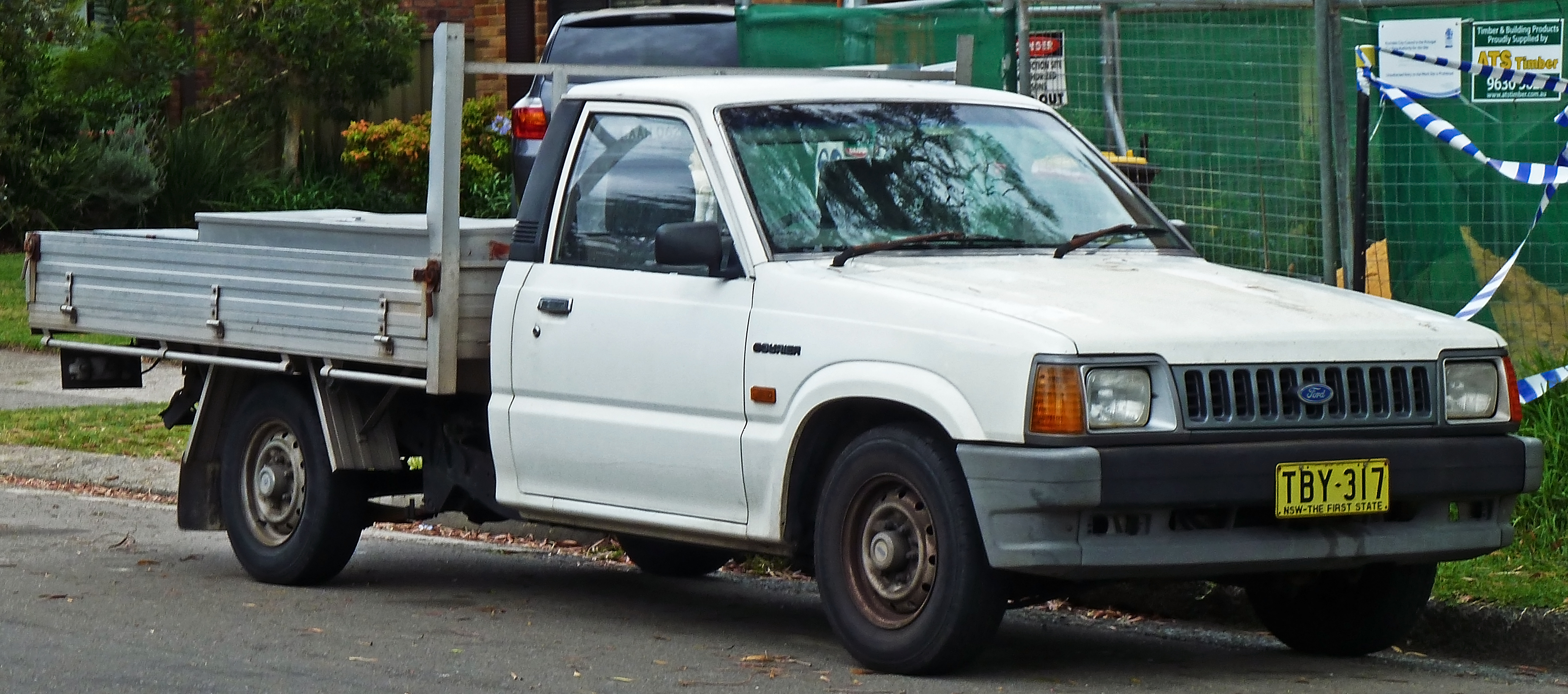 File 1990 1996 Ford Courier Pc Cab Chassis 02 Jpg