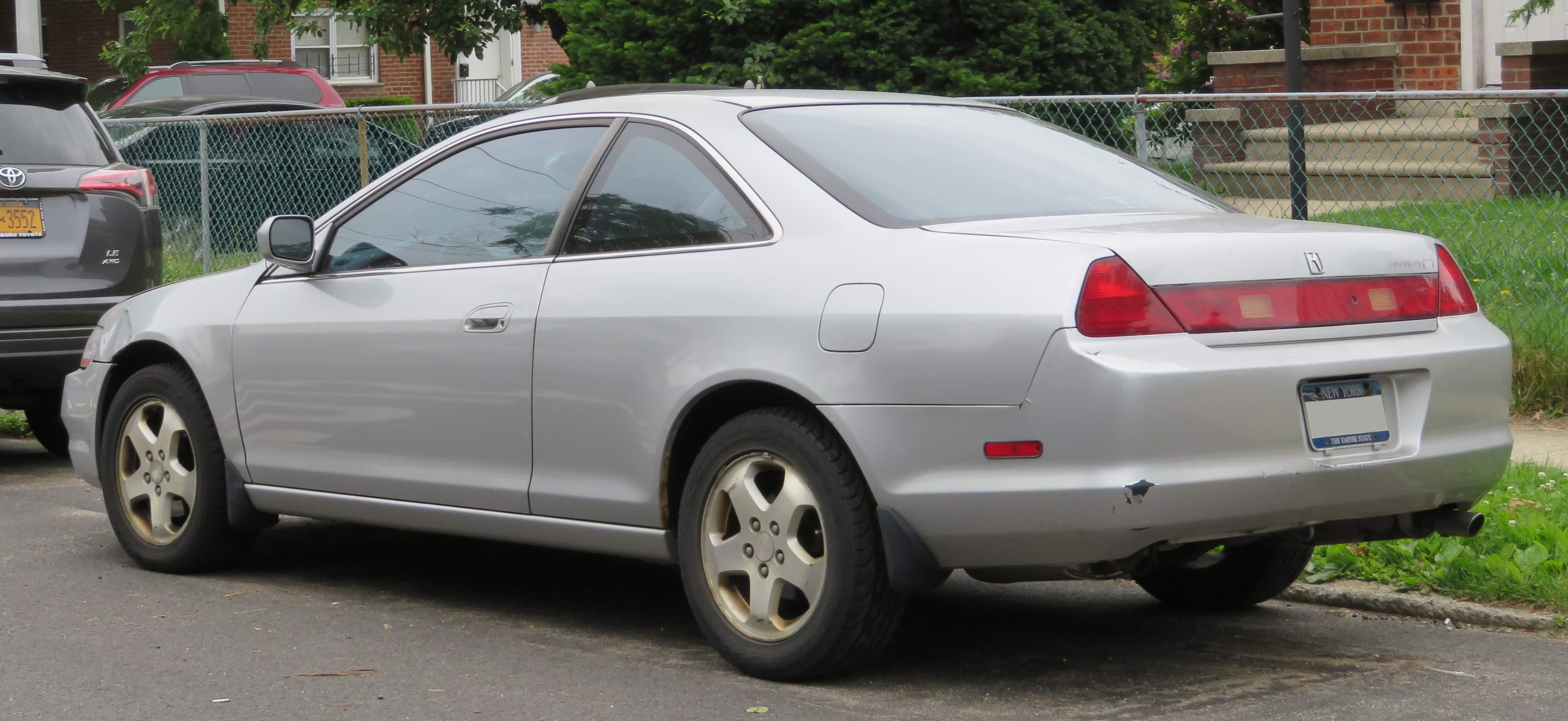 Kelebihan Kekurangan Honda Accord 2000 Tangguh