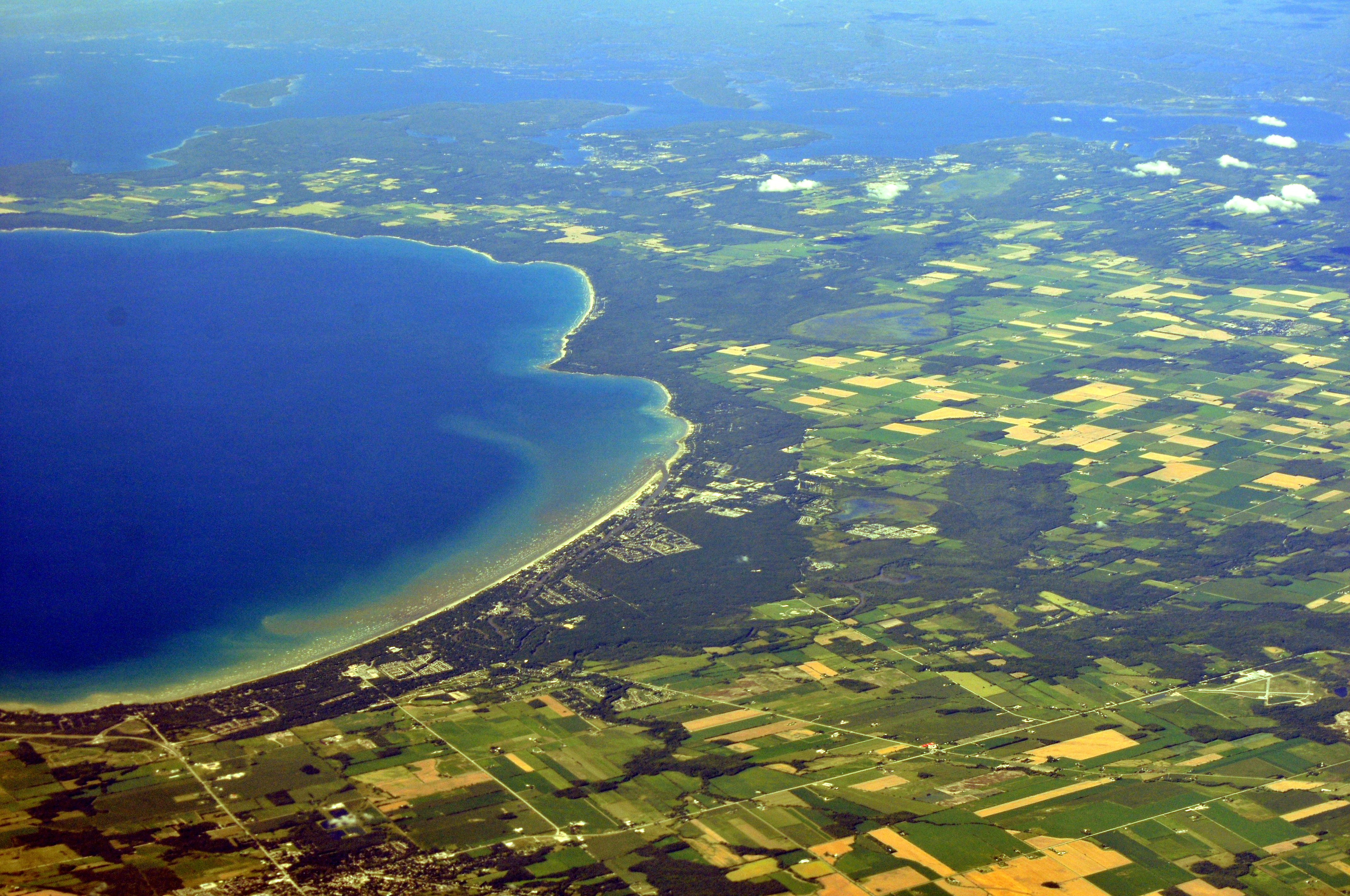 File Aerial Wasaga Beach Ontario From Sw 01 White Balanced 9656223451