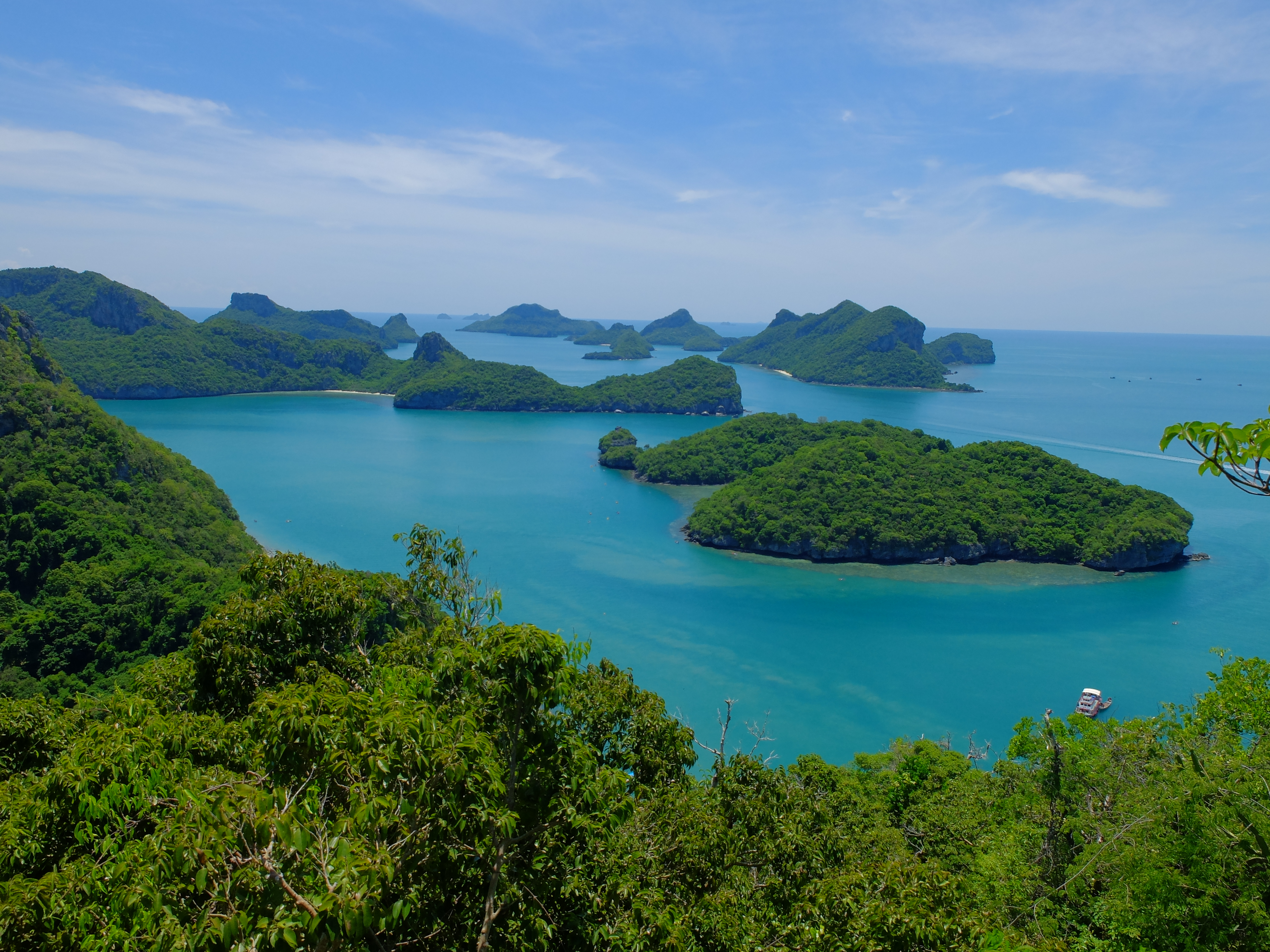 File:Angthong National Marine Park 350 m. View point.JPG ...