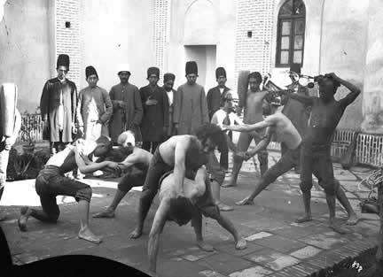 به مکانی که در آن ورزش های باستانی انجام می شود چه میگویند