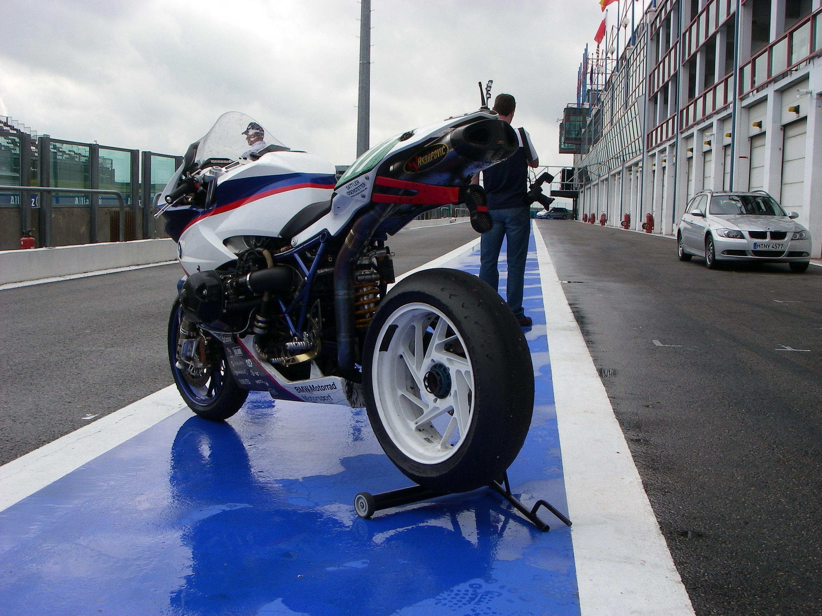 file:bmw hp2 sport endurance links hinten magny cours