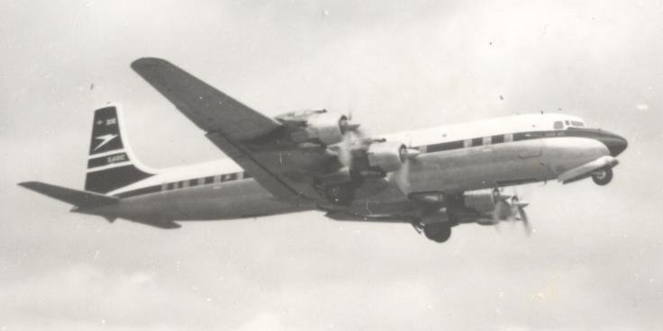 File:BOAC DC-7C Taking-off from Manchester.jpg