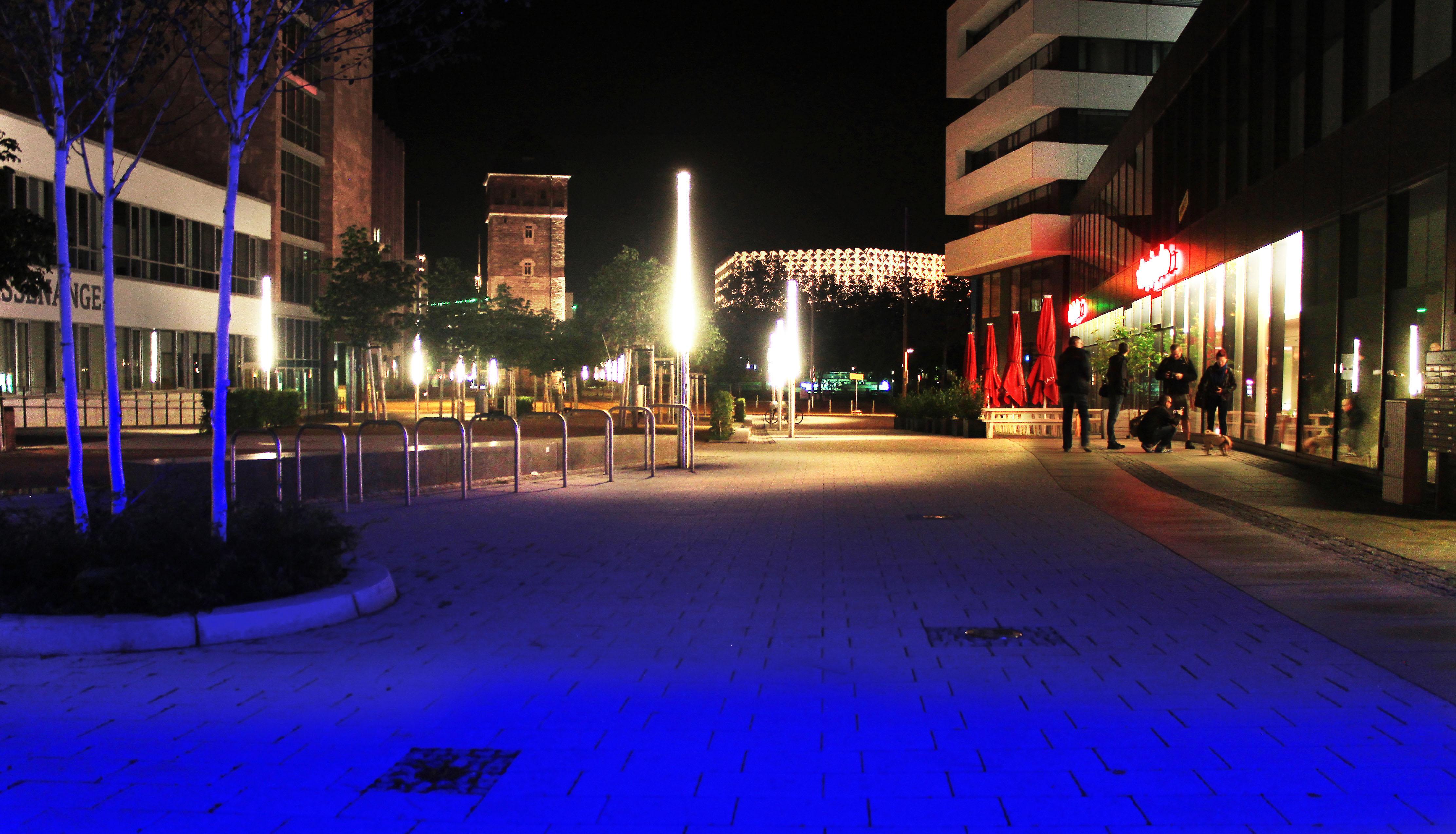 file blau ist die nacht 9495990611 jpg wikimedia commons. Black Bedroom Furniture Sets. Home Design Ideas