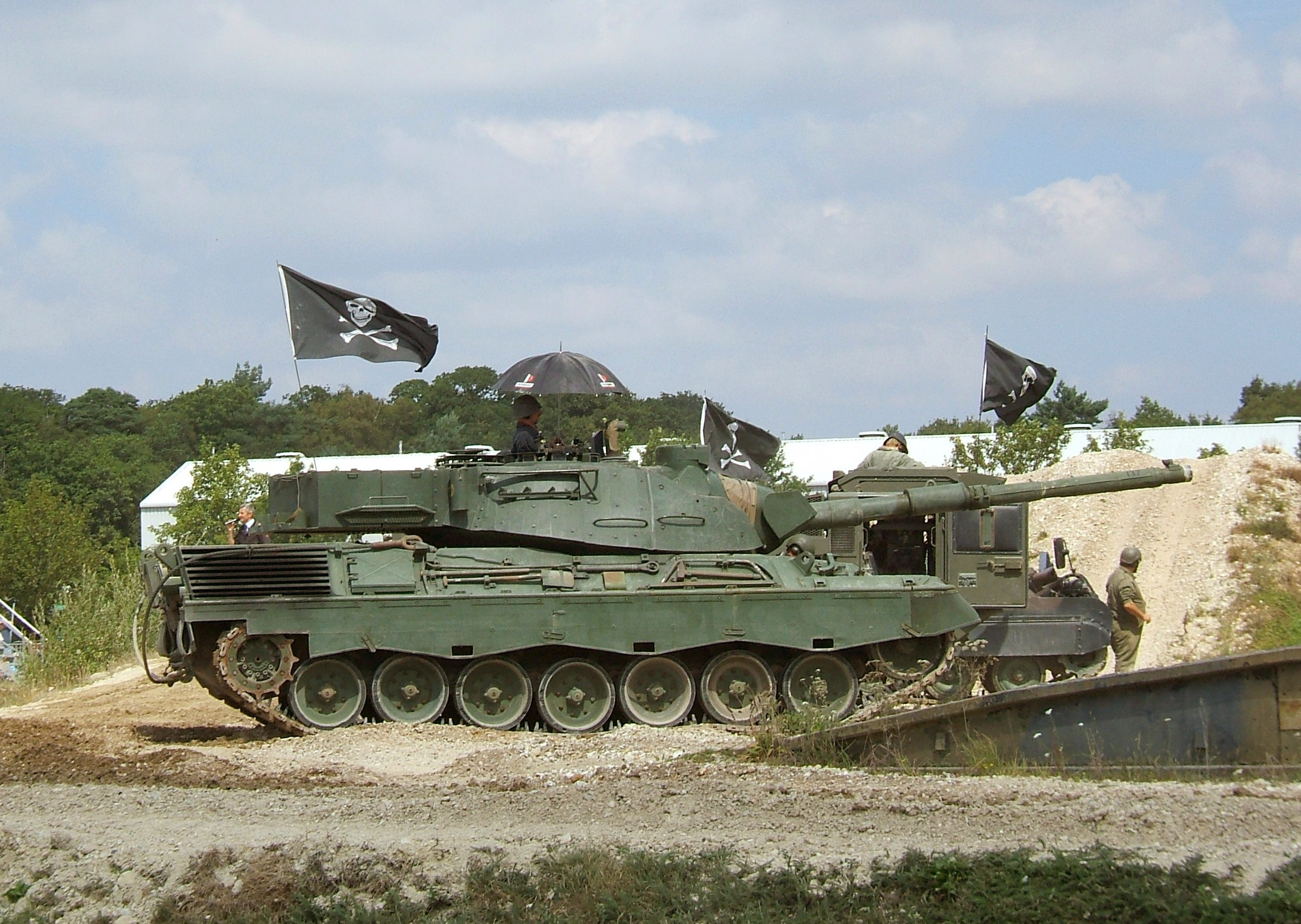 File:Bovington Leopard C2-1.jpg - Wikimedia Commons Army Helicopters In Action