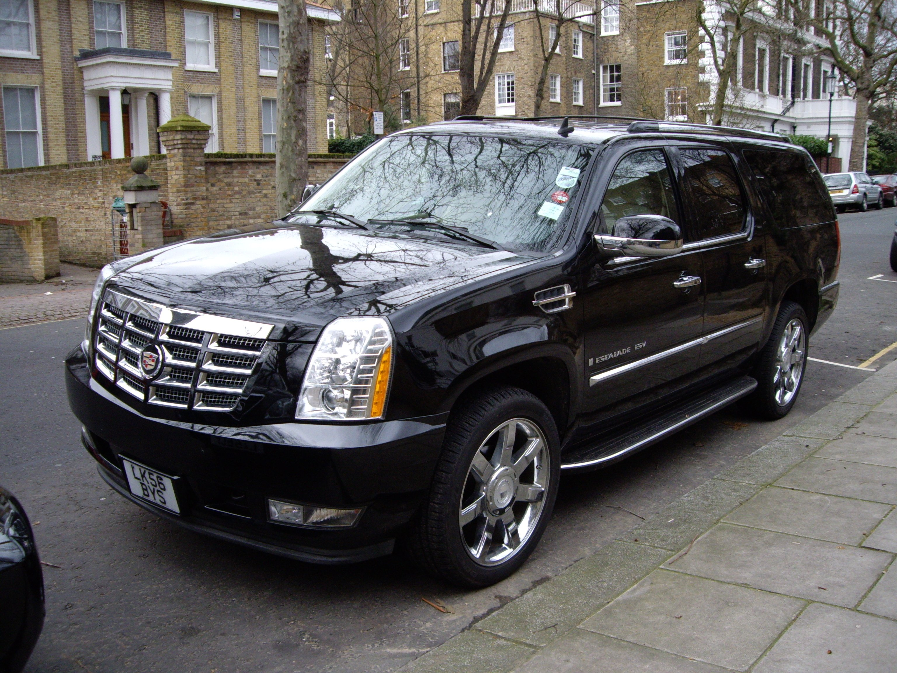 2012 Cadillac Escalade Platinum For Sale >> File:Cadillac Escalade (2).jpg
