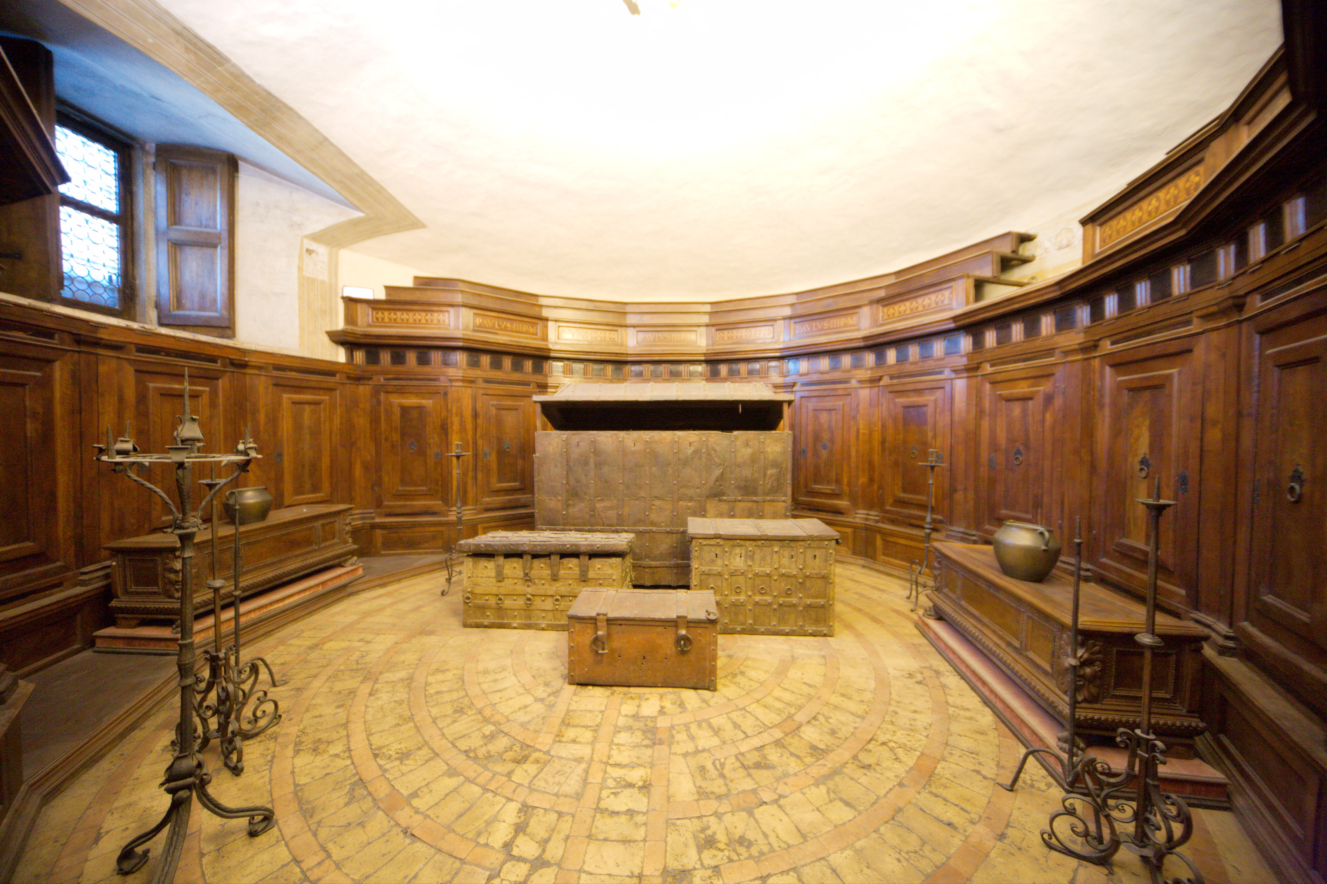 File Castel Sant Angelo Room With Treasure Chests Jpg
