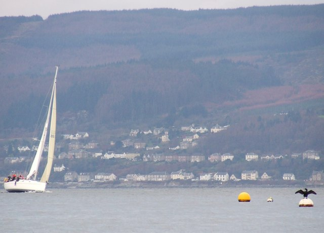 File:Catching the breeze off Inverkip - geograph.org.uk - 653056.jpg