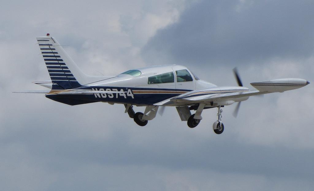 Cessna 310   Military Wiki   FANDOM powered by Wikia