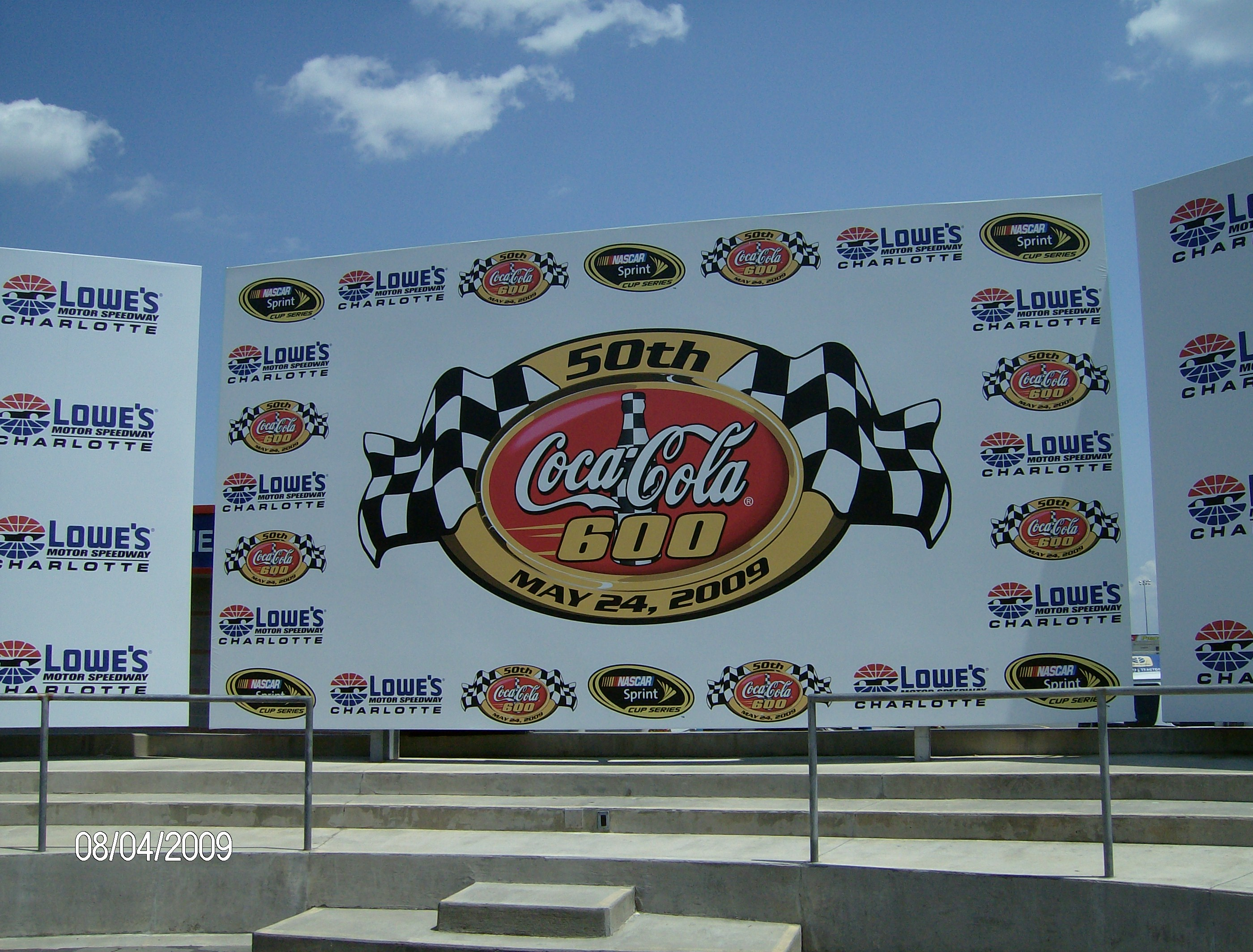 File:Charlotte Motor Speedway victory lane 2009.jpg - Wikimedia Commons