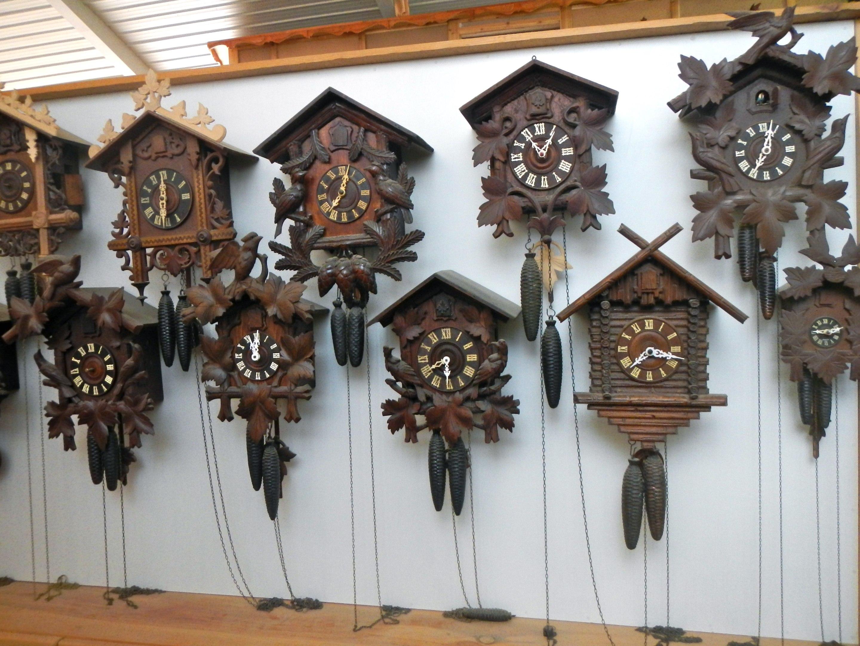 Cuckoo clock dating marks