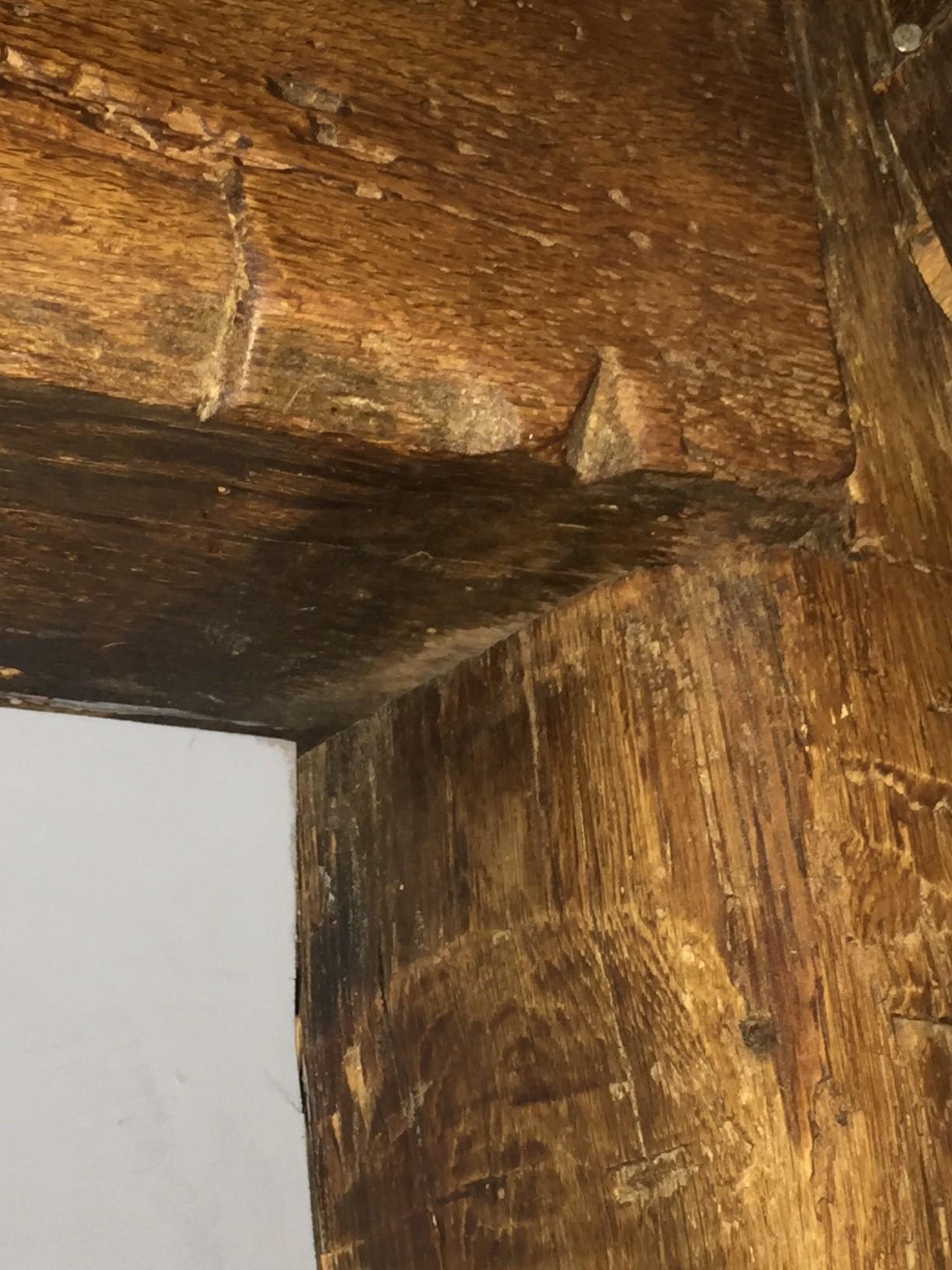 File:East Chimney Girt Jonathan Green House jpg - Wikimedia