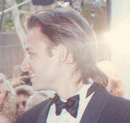 Fisher Stevens on the red carpet at the 62nd Annual Academy Awards cropped.jpg