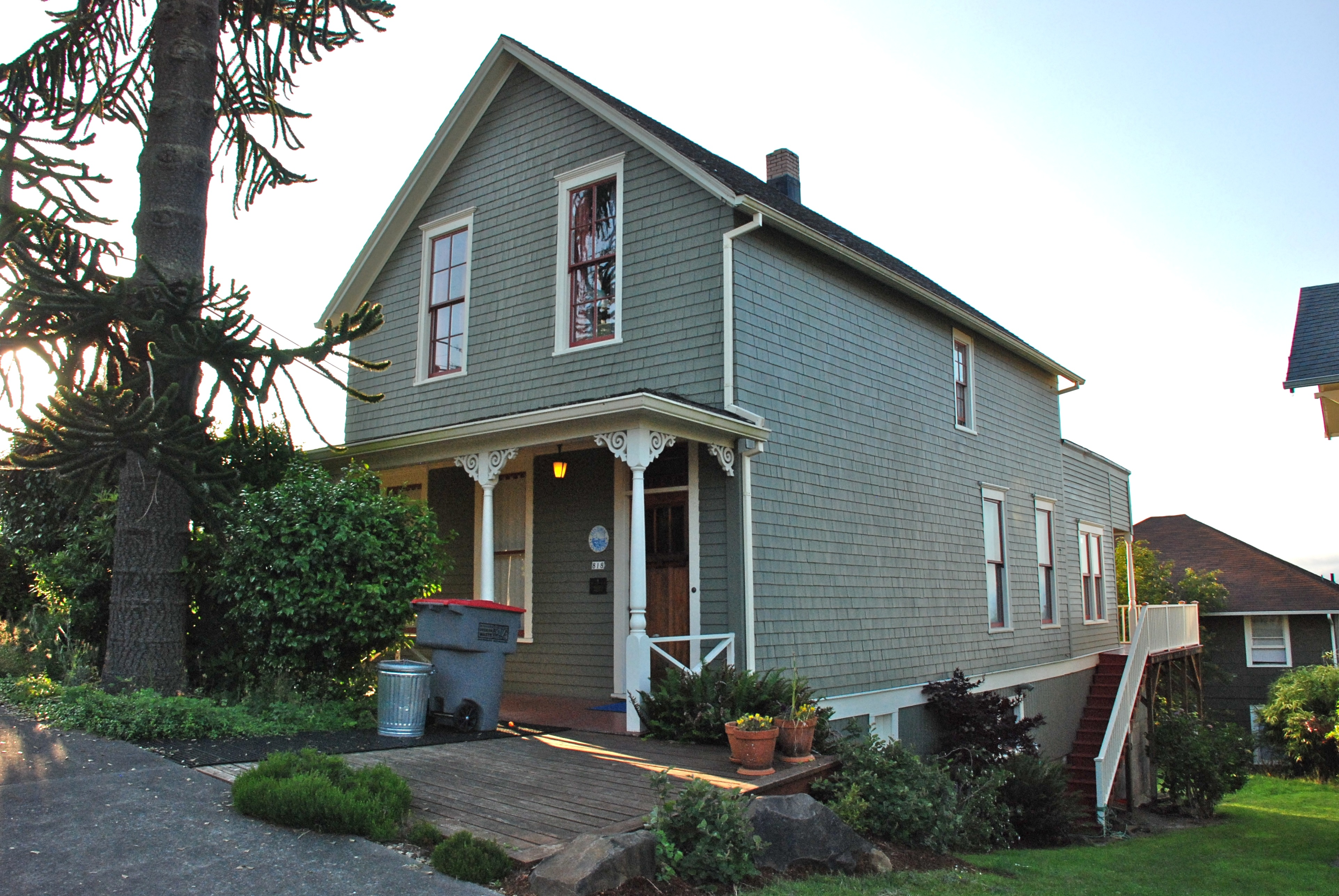 File george c and winona flavel house astoria oregon for Building a home in oregon