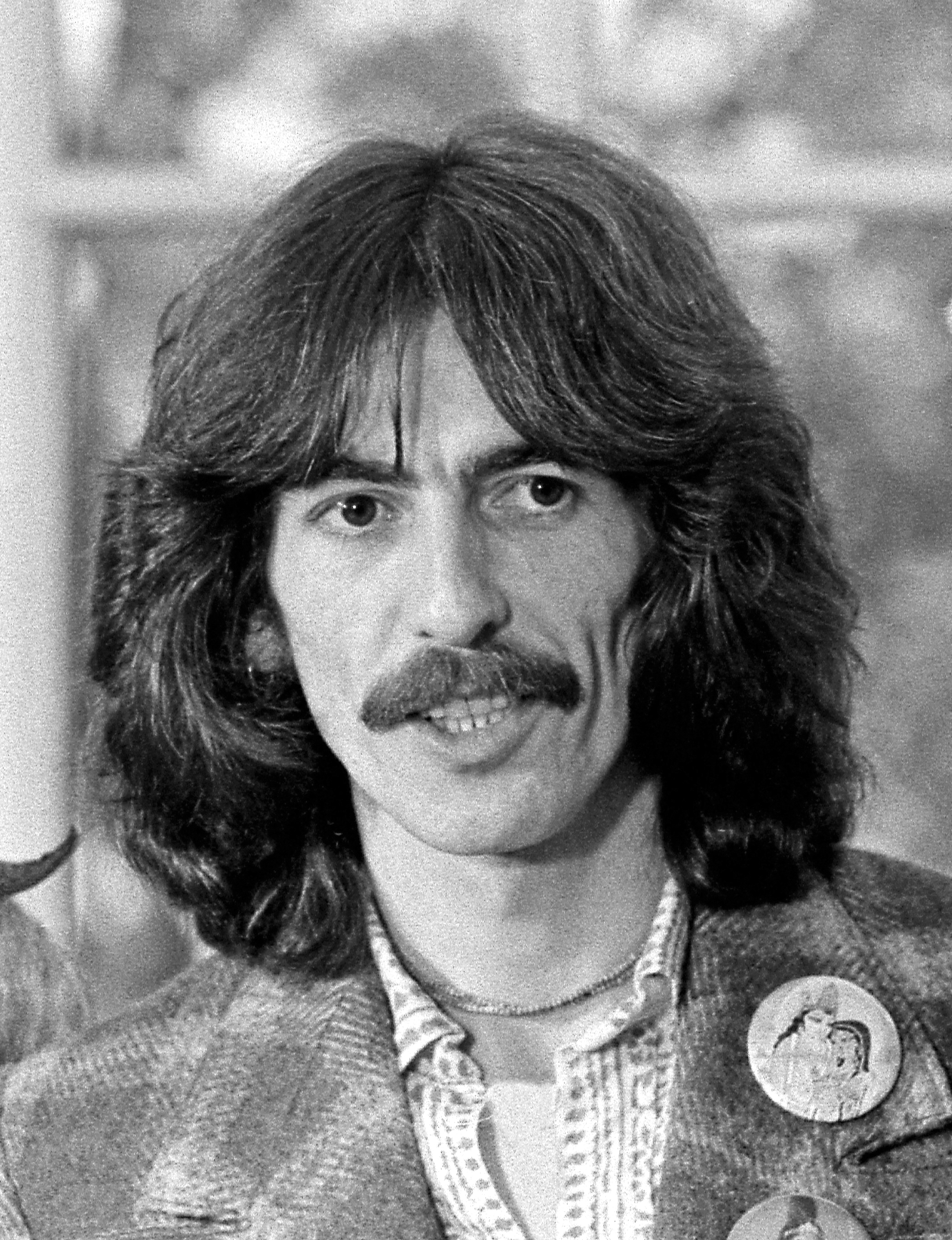 George_Harrison_1974_edited.jpg