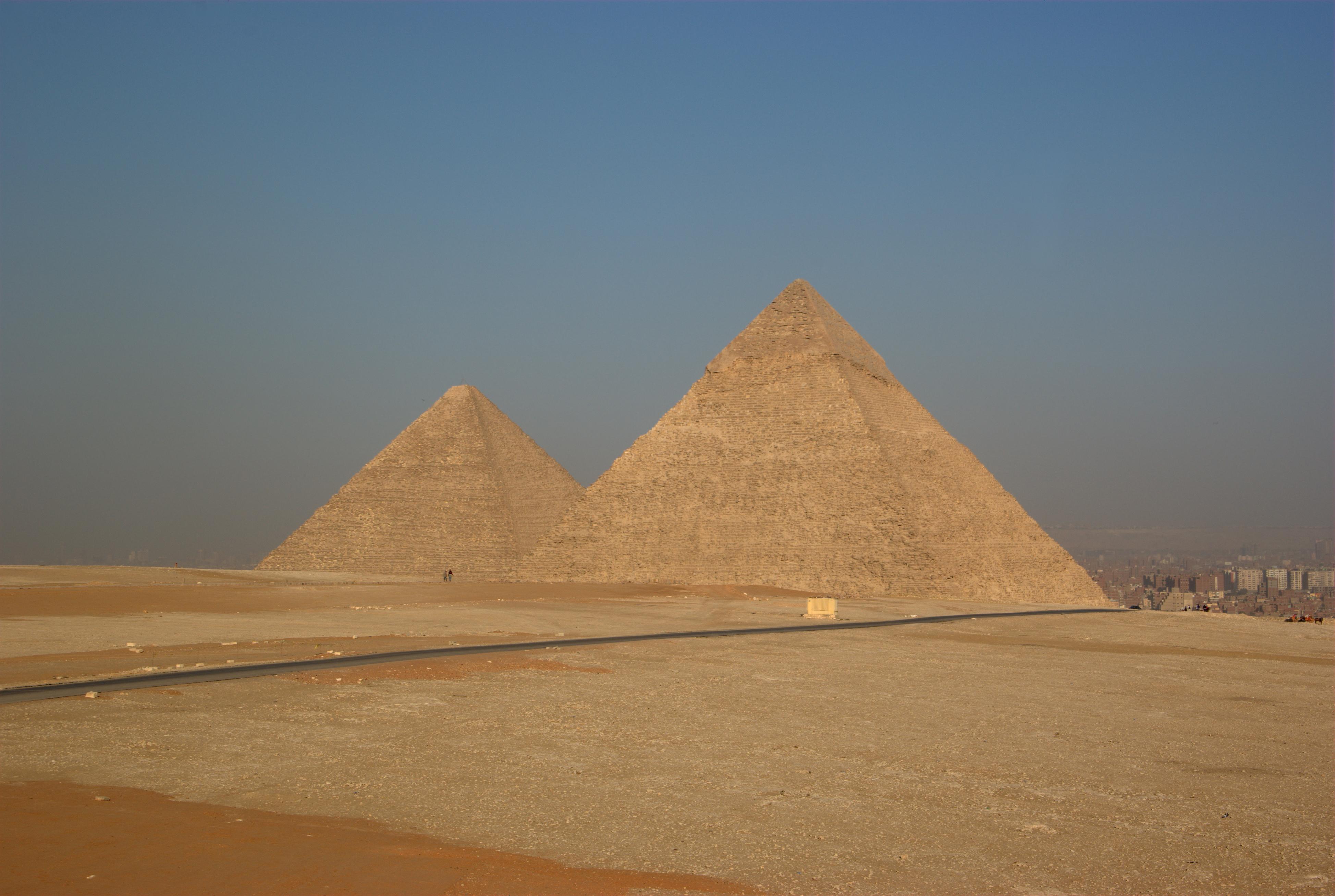 Dating de grote piramide van Giza