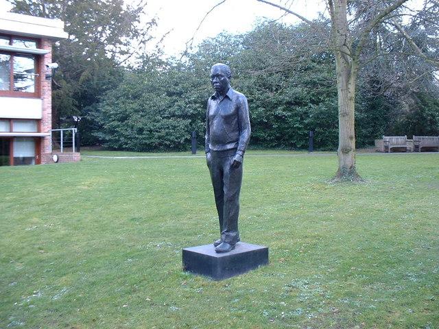 image of Fred Hoyle