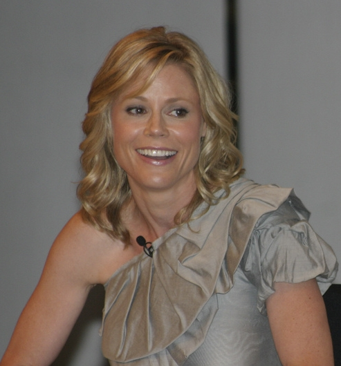 Julie Bowen -External links