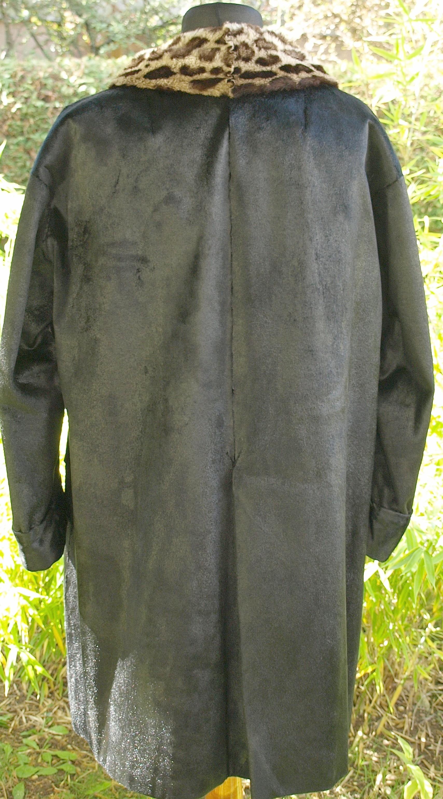 File:Lakoda Seal fur coat (6).jpg - Wikimedia Commons