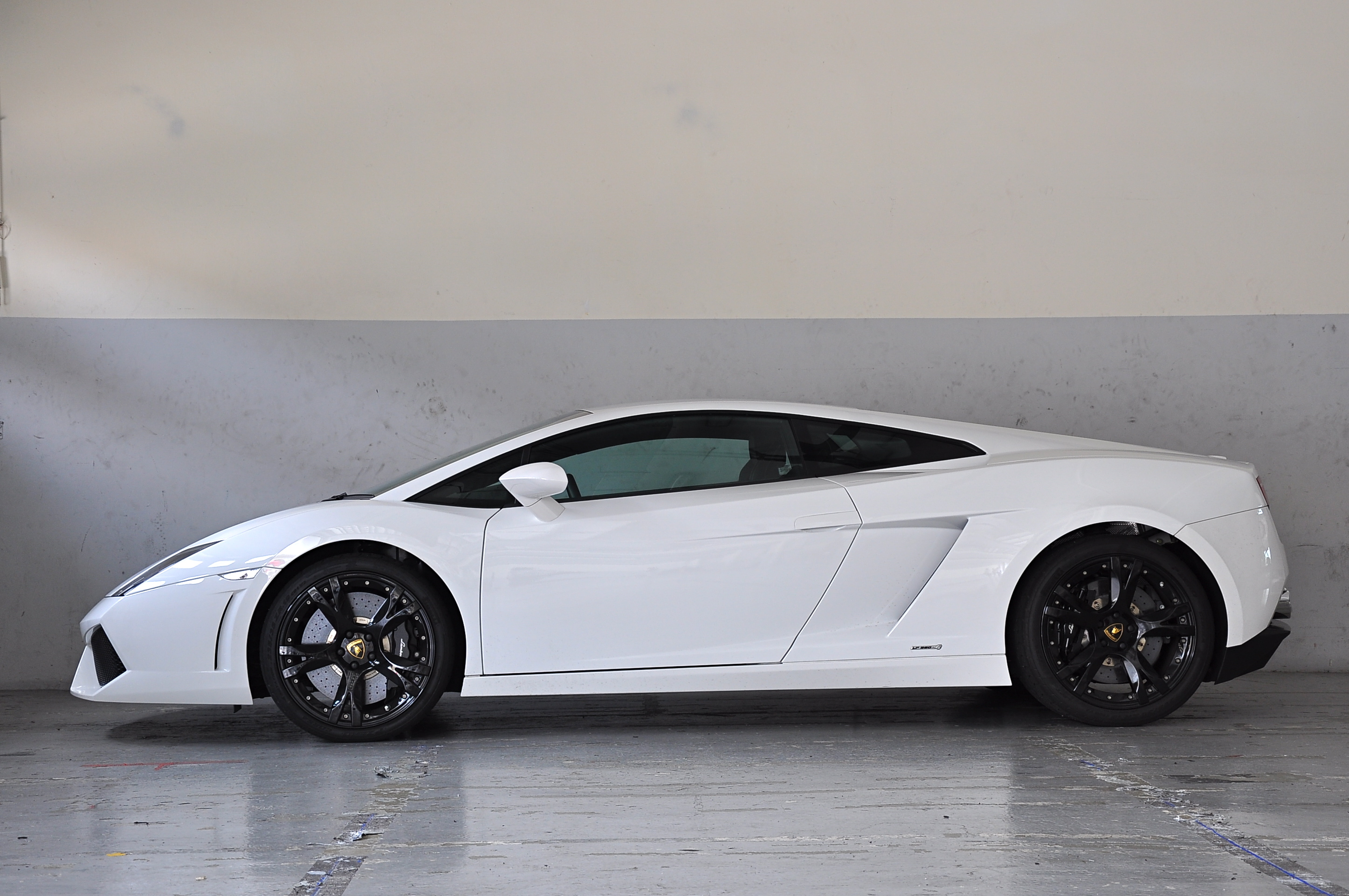 File:Lamborghini Gallardo LP560 4   003
