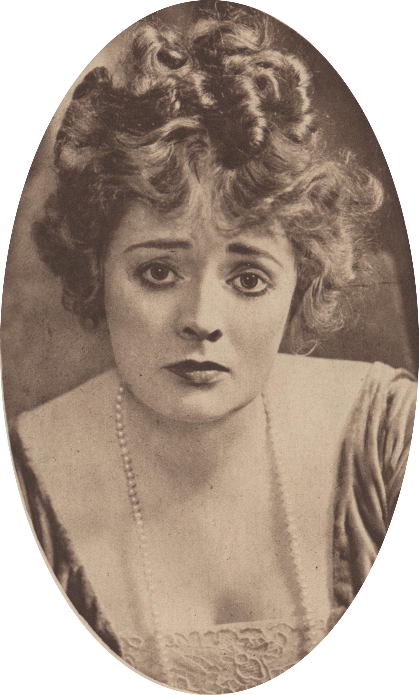 Estelle Asmodelle