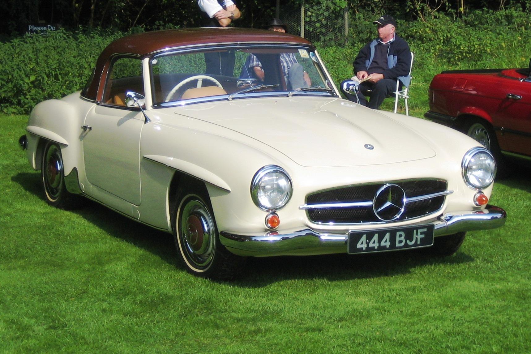 Looking For A Mercedes Benz File Mercedes Benz 190sl 1960