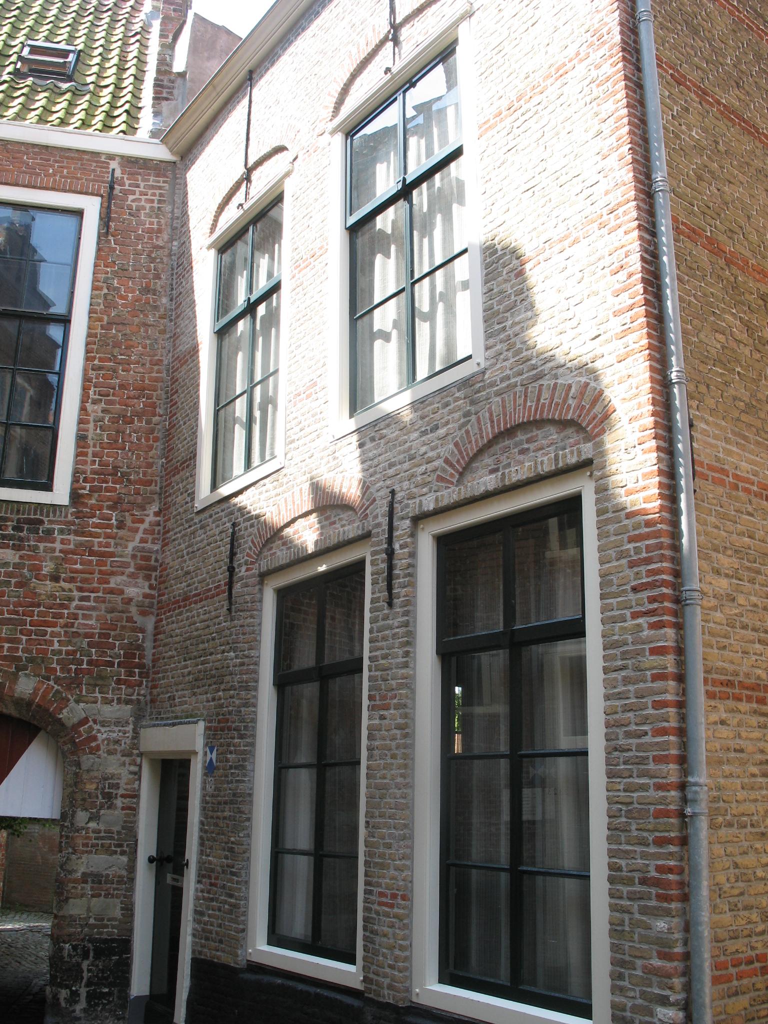 Huis met rechte gevel in middelburg monument - Huis gevel ...