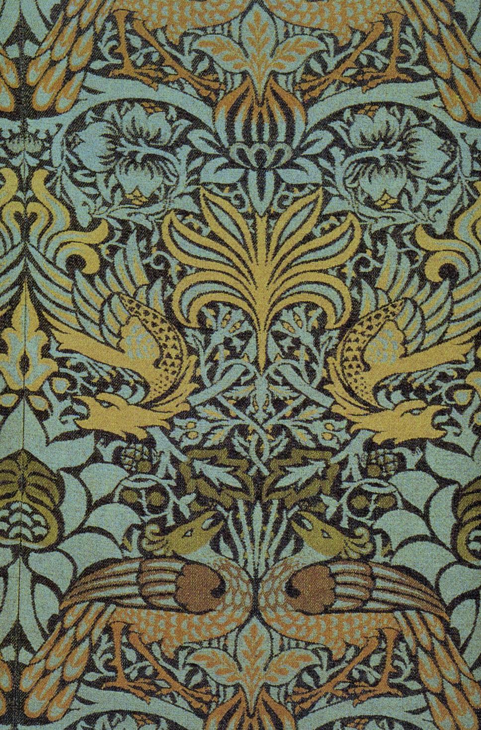 Morris_Peacock_and_Dragon_Fabric_1878_v2.jpg