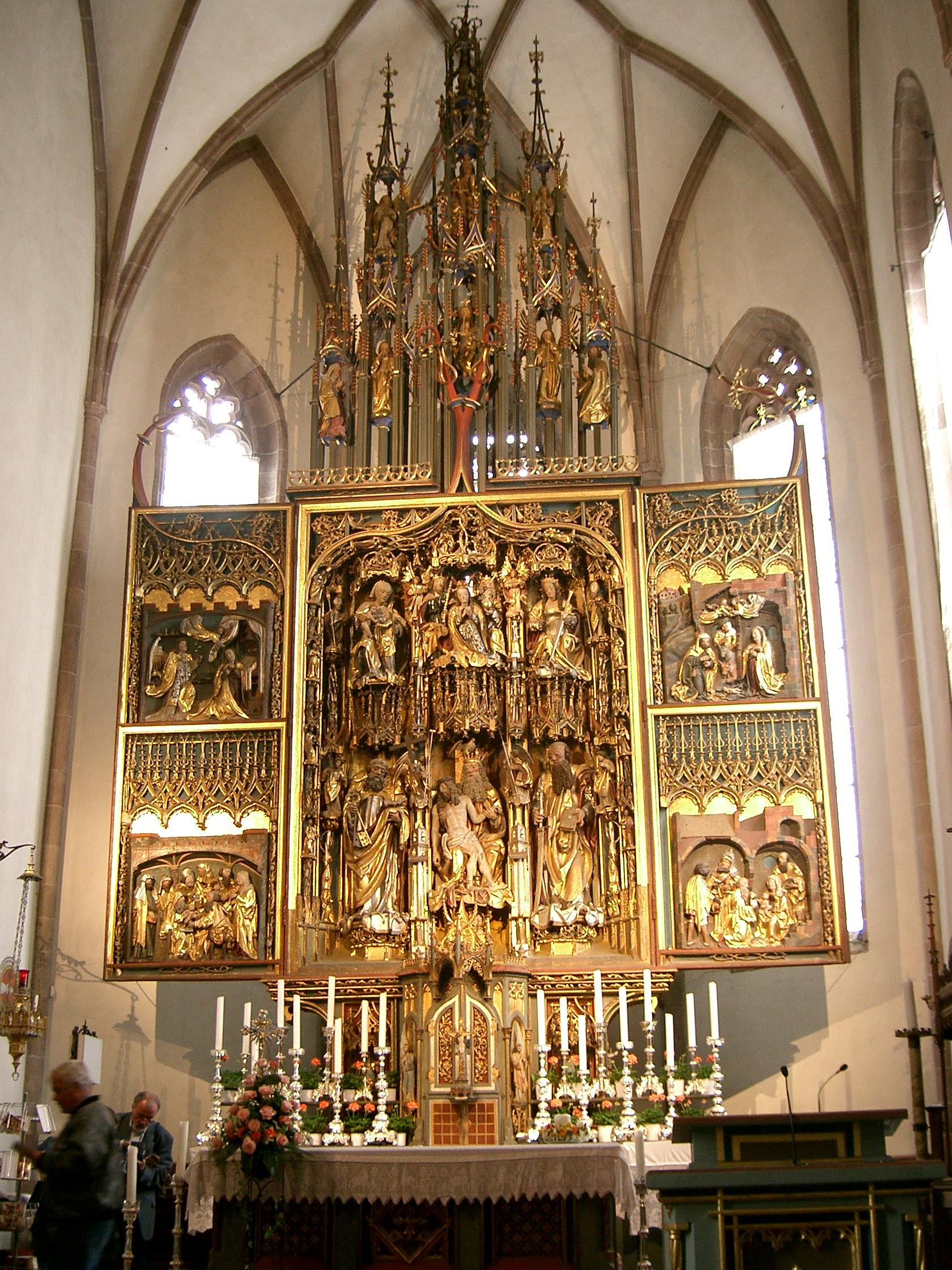 NLana Pfarrkirche Altar1.JPG