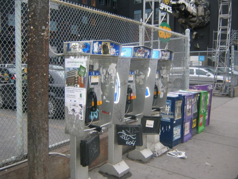 Nm_toronto_pay_phones_and_newspaper_boxes_toronto.jpg