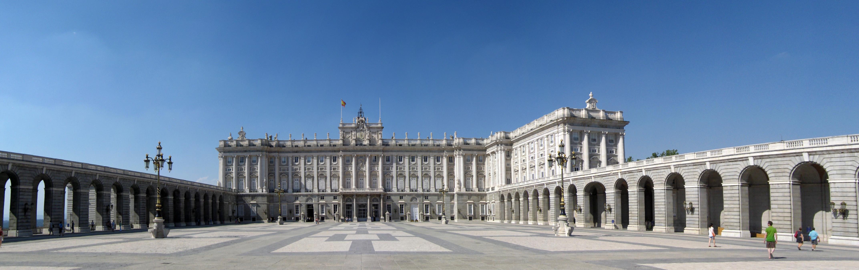 File:Palacio Real Madrid 2.jpg - Wikimedia Commons