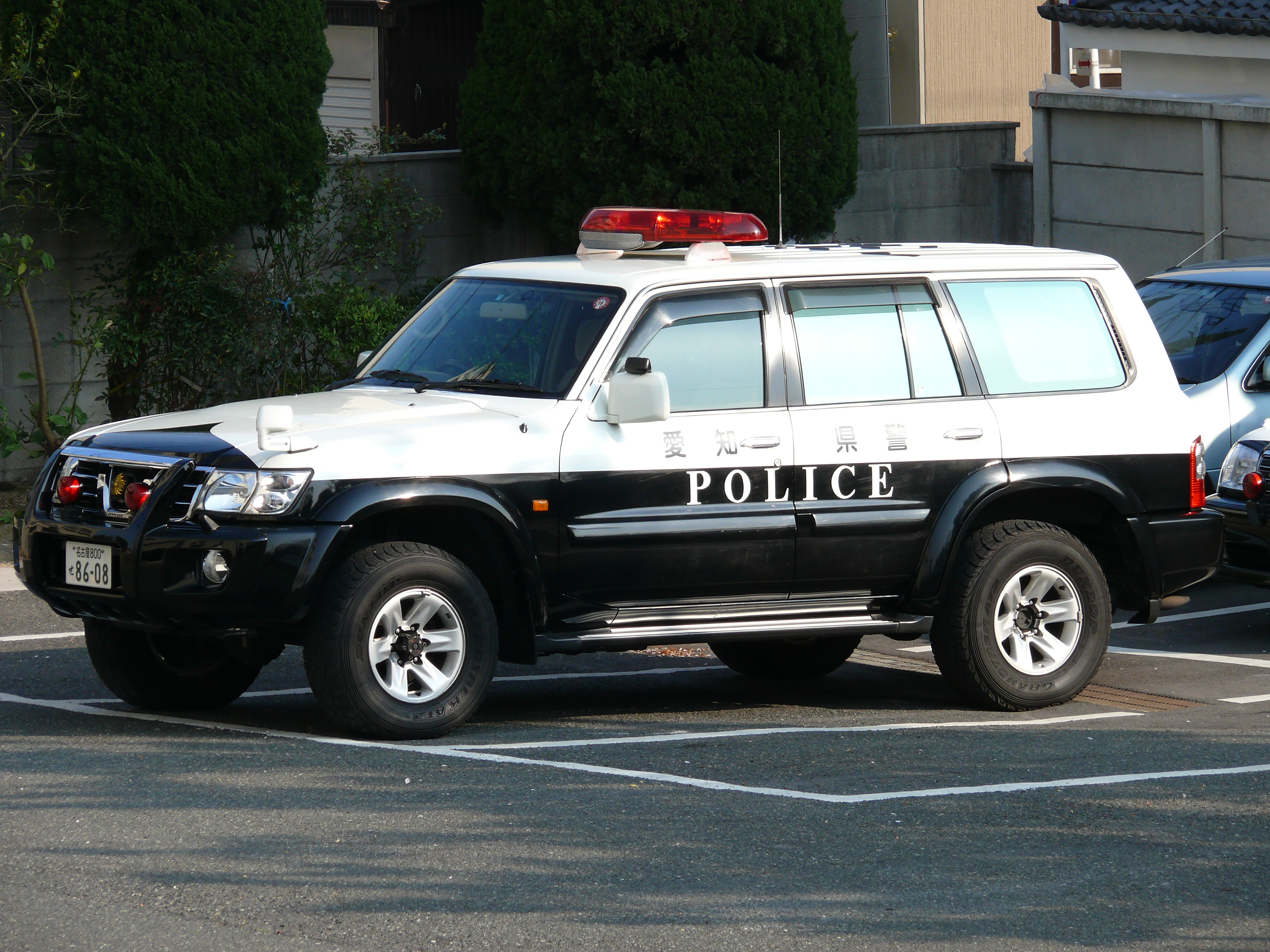 Suv >> File:Patrol Car of Nissan SAFARI 001.JPG - Wikimedia Commons