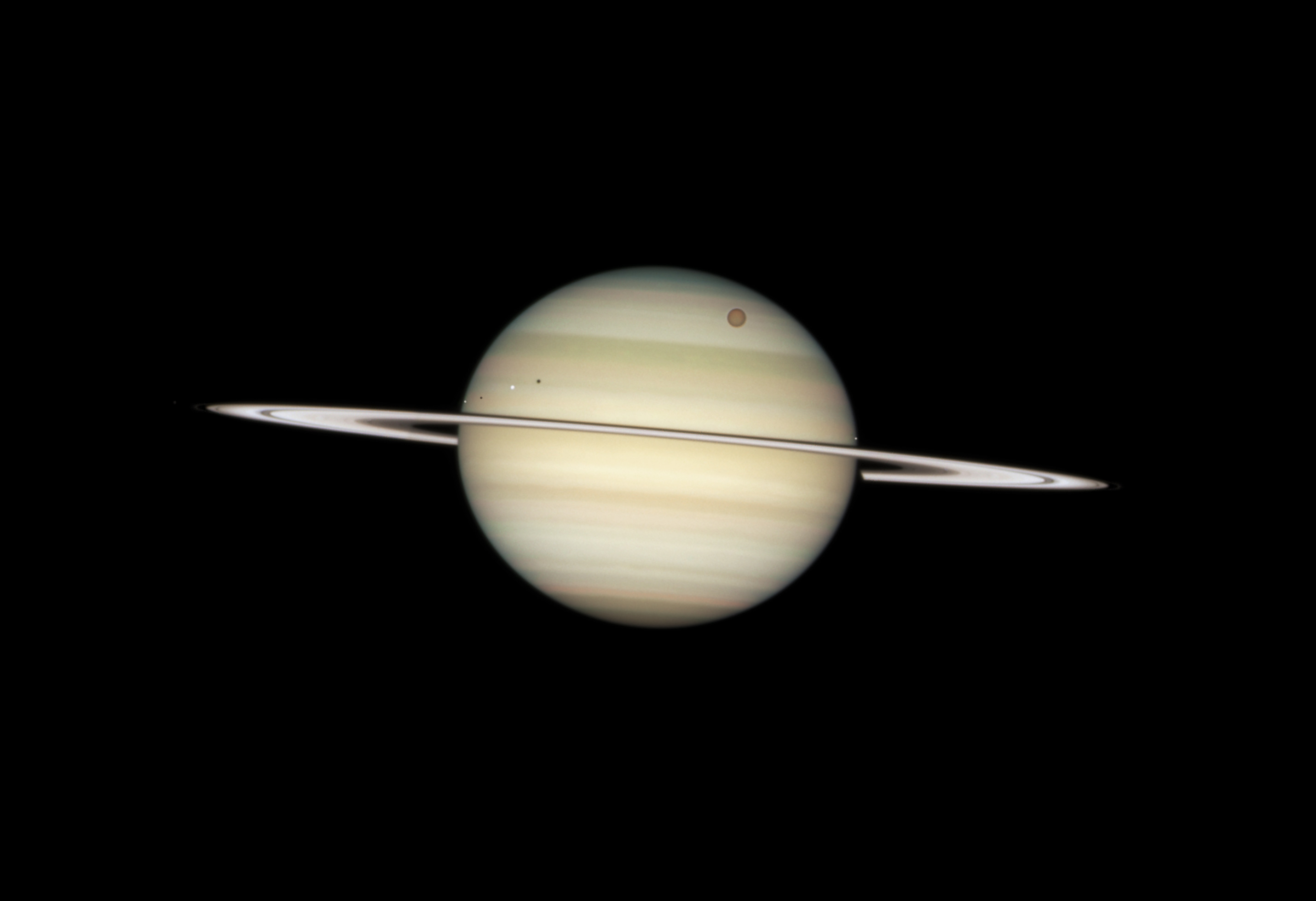 hubble images of saturn - photo #17