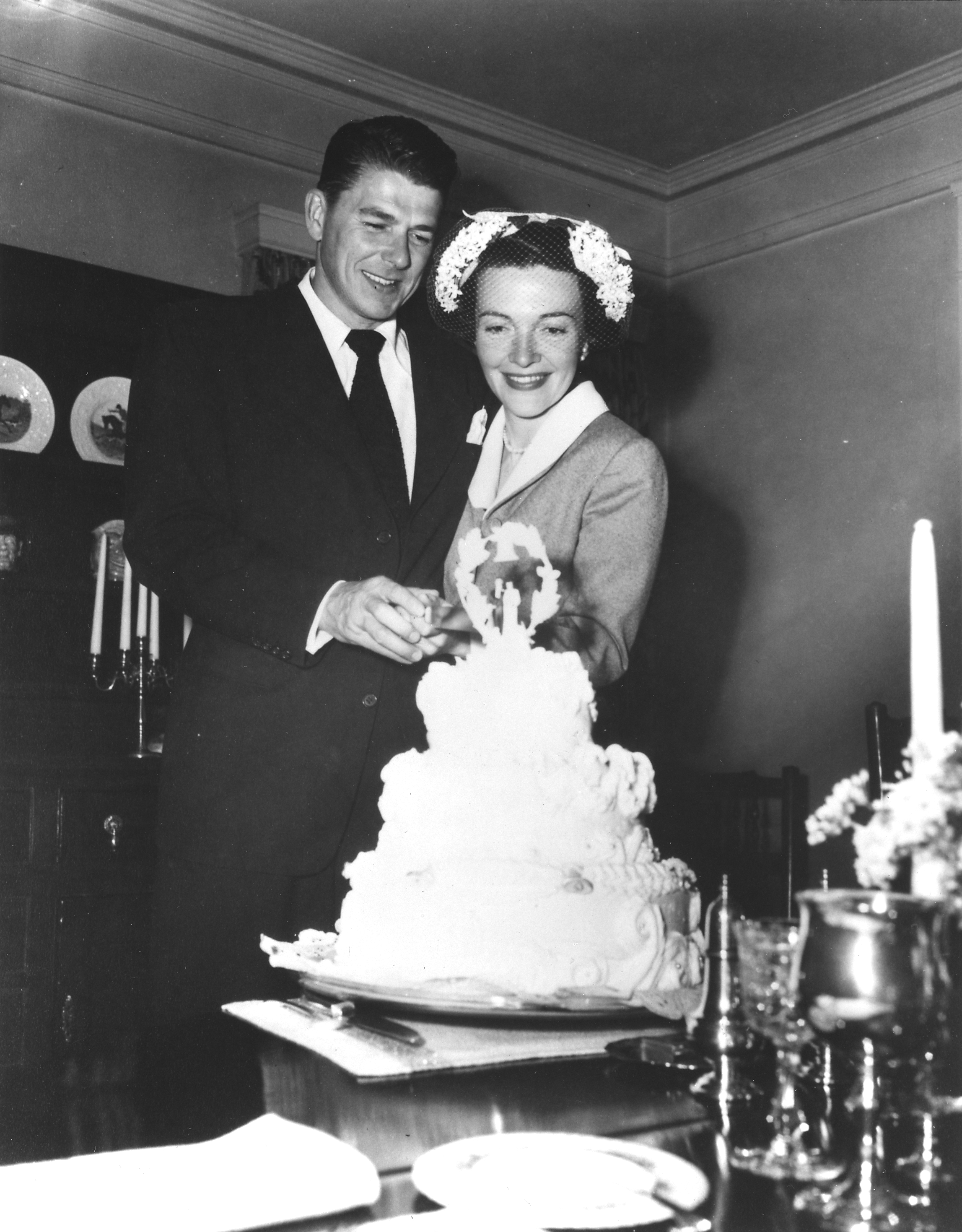 Image result for ronnie reagan and nancy davis wedding