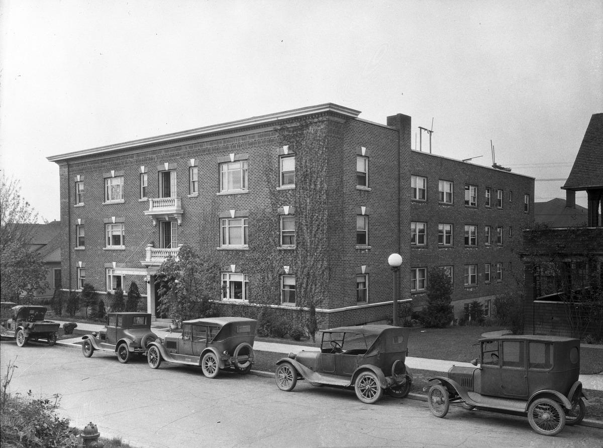 File:Seattle - University District apartments, 1928 ...