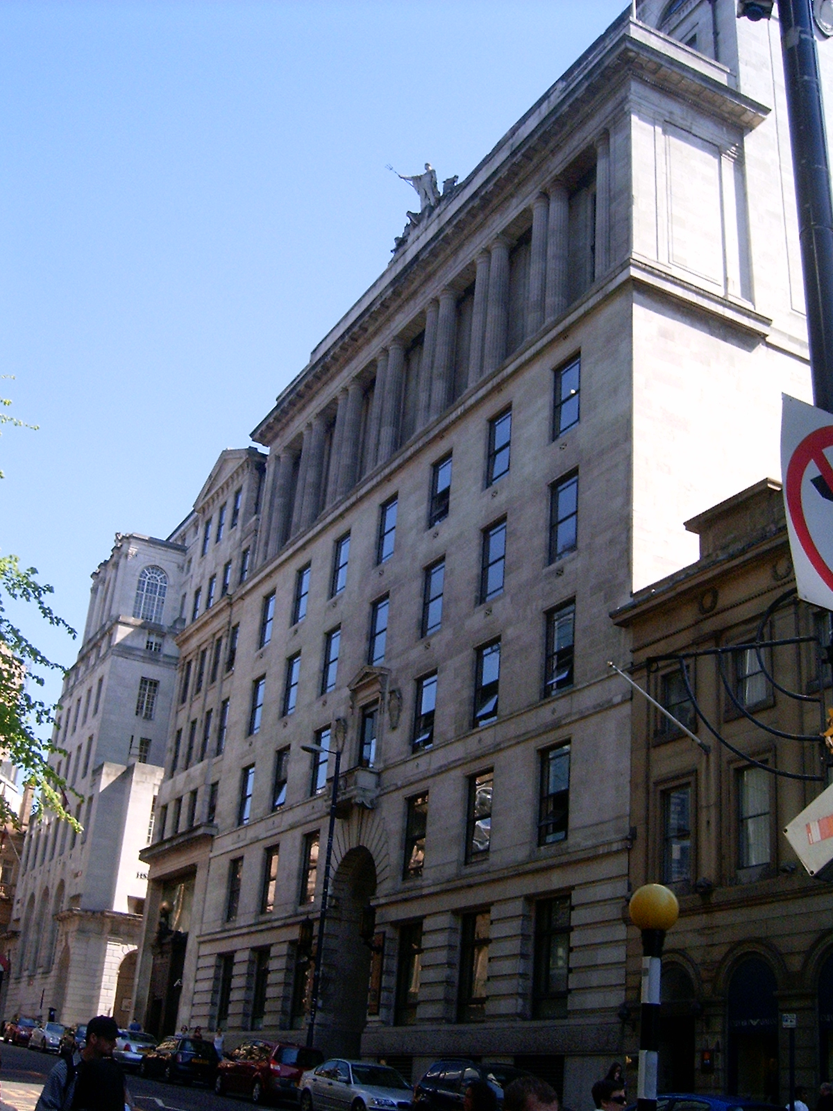 Listed Buildings In Hellinglye