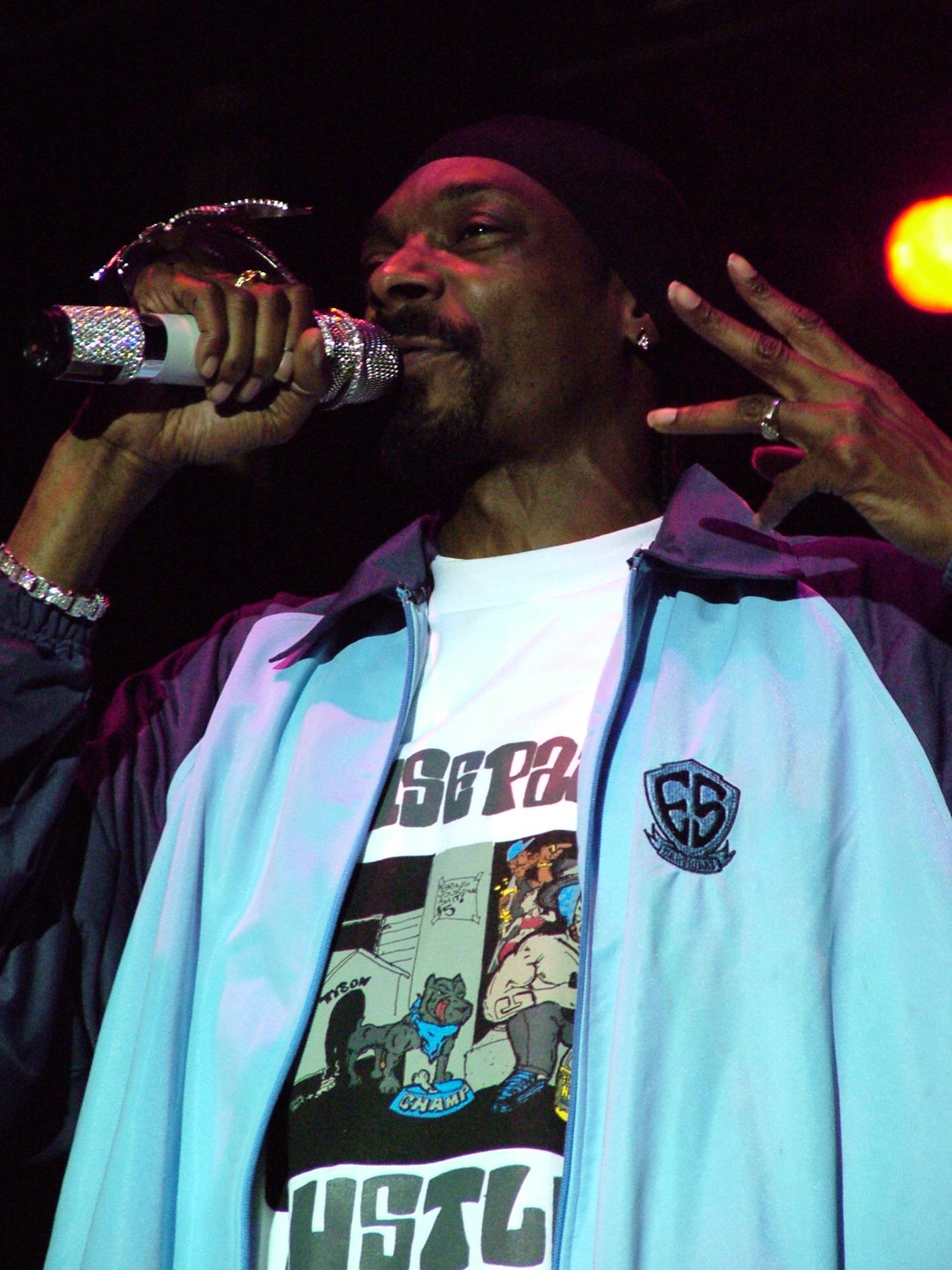 Snoop Dogg Birthday Cake