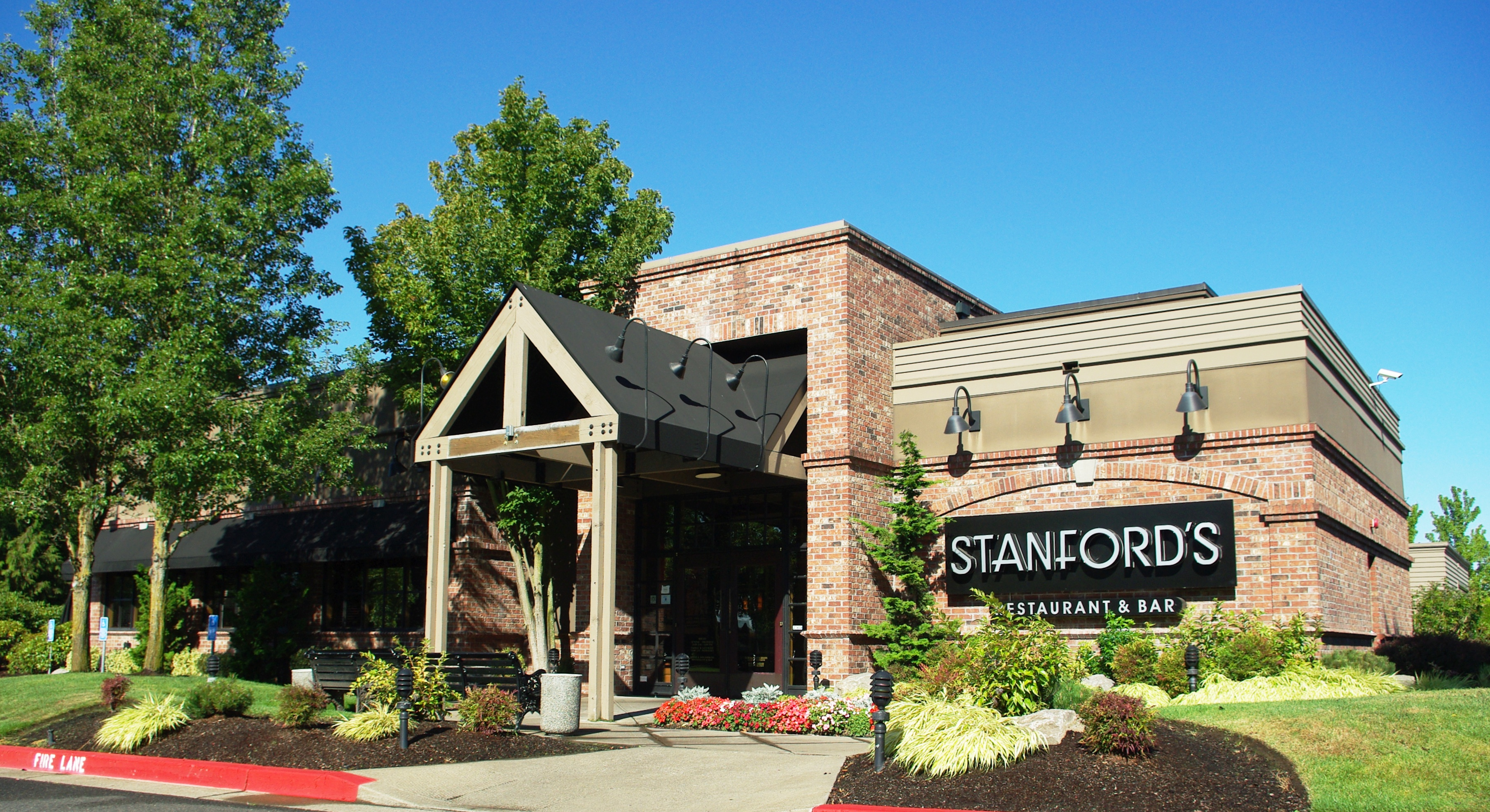 Filestanfords Restaurant Hillsboro Oregonjpg Wikimedia Commons