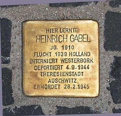 Photo of Heinrich Gabel brass plaque