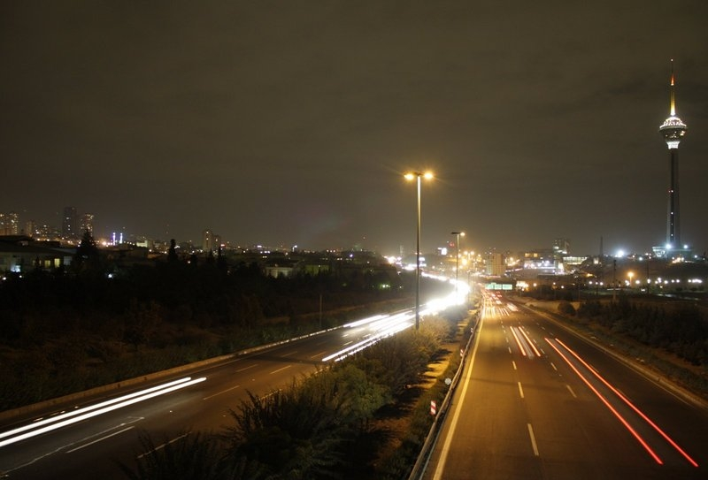 File:Tehran highway at night.jpg