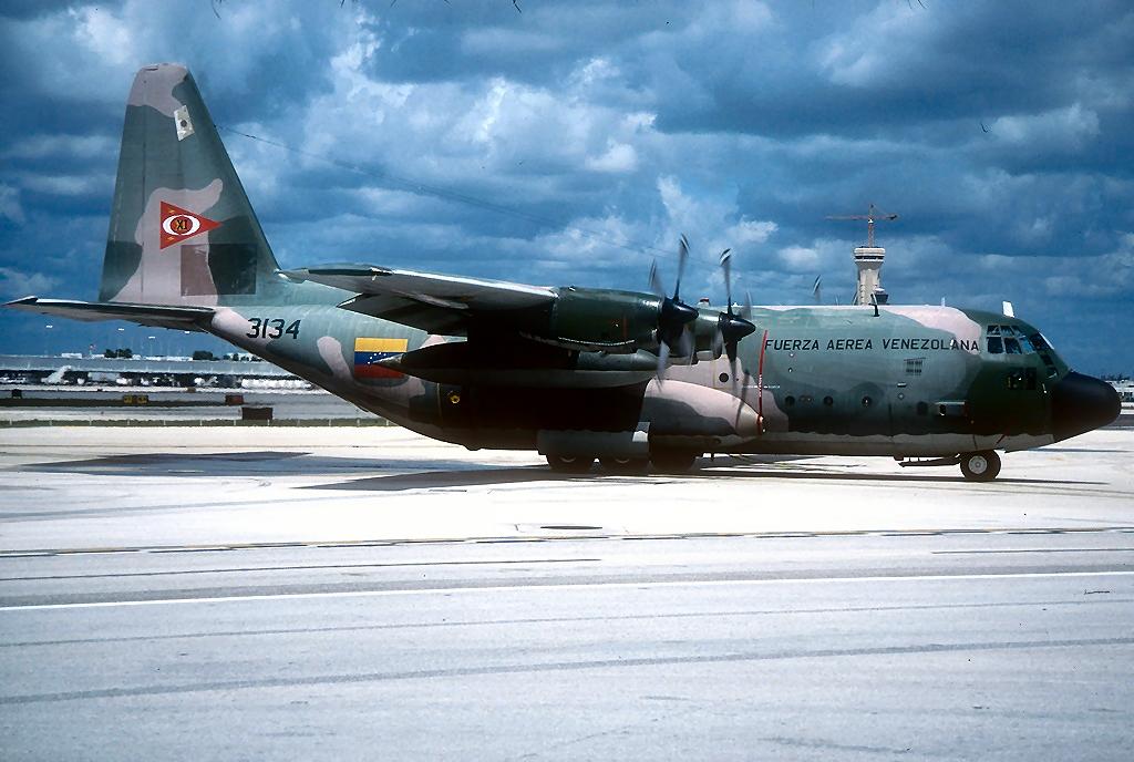 Resultado de imagem para força aérea da venezuela c 130