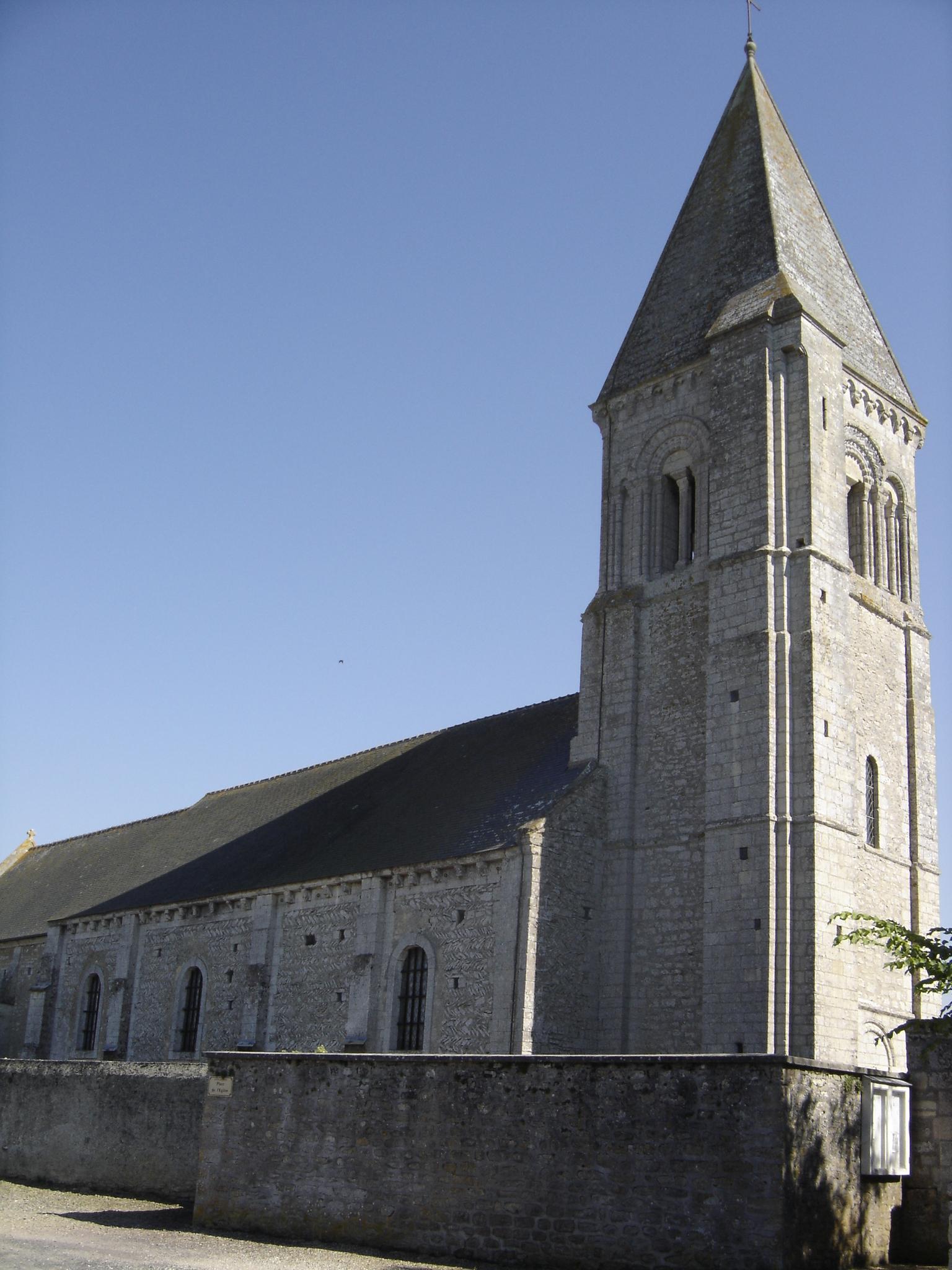 Narbonne Version 3 1: File:Vienne-en Bessin, Clocher-porche De L'église St