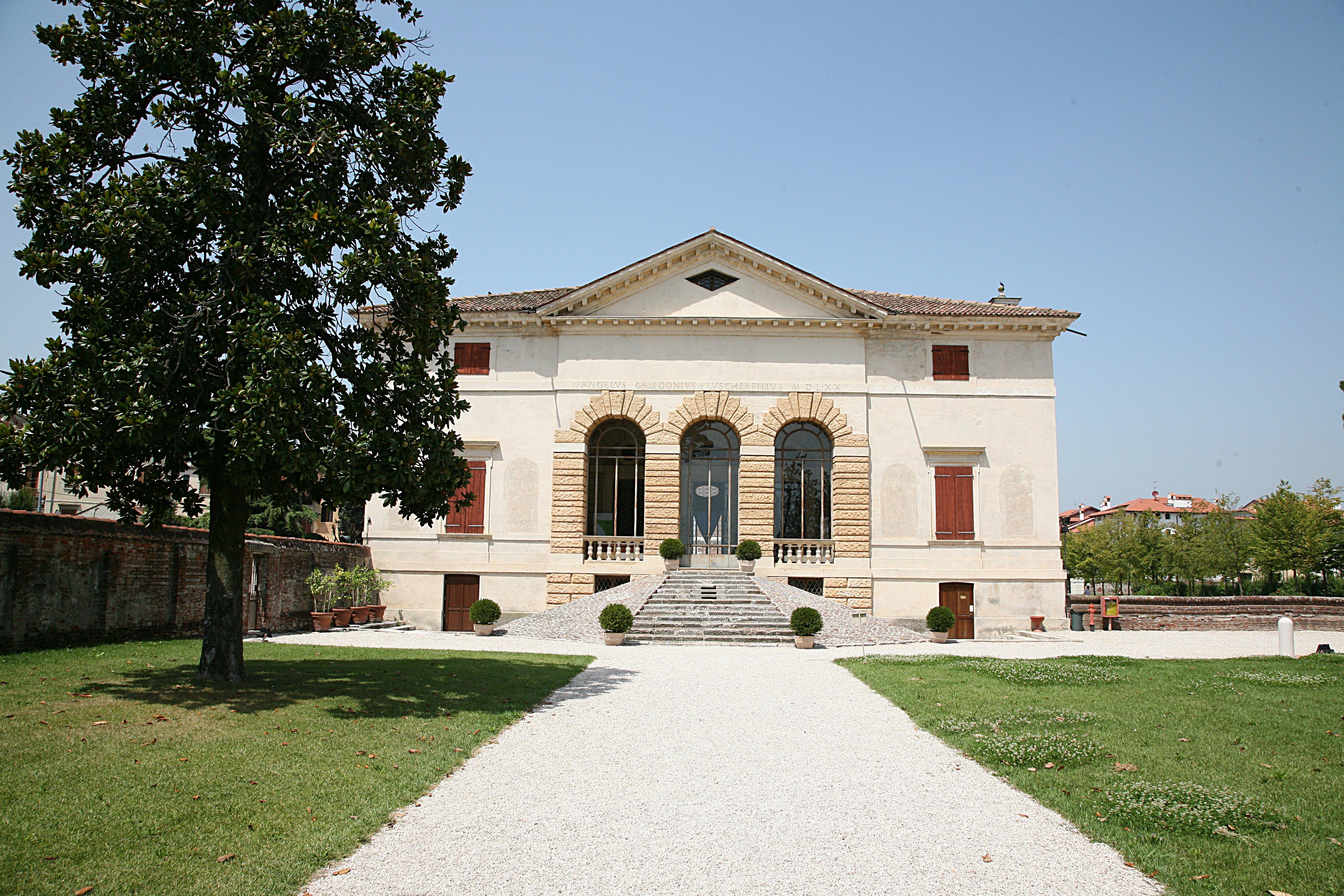 Casa Di Riposo Pio E Ninetta Gavazzi Via Villa