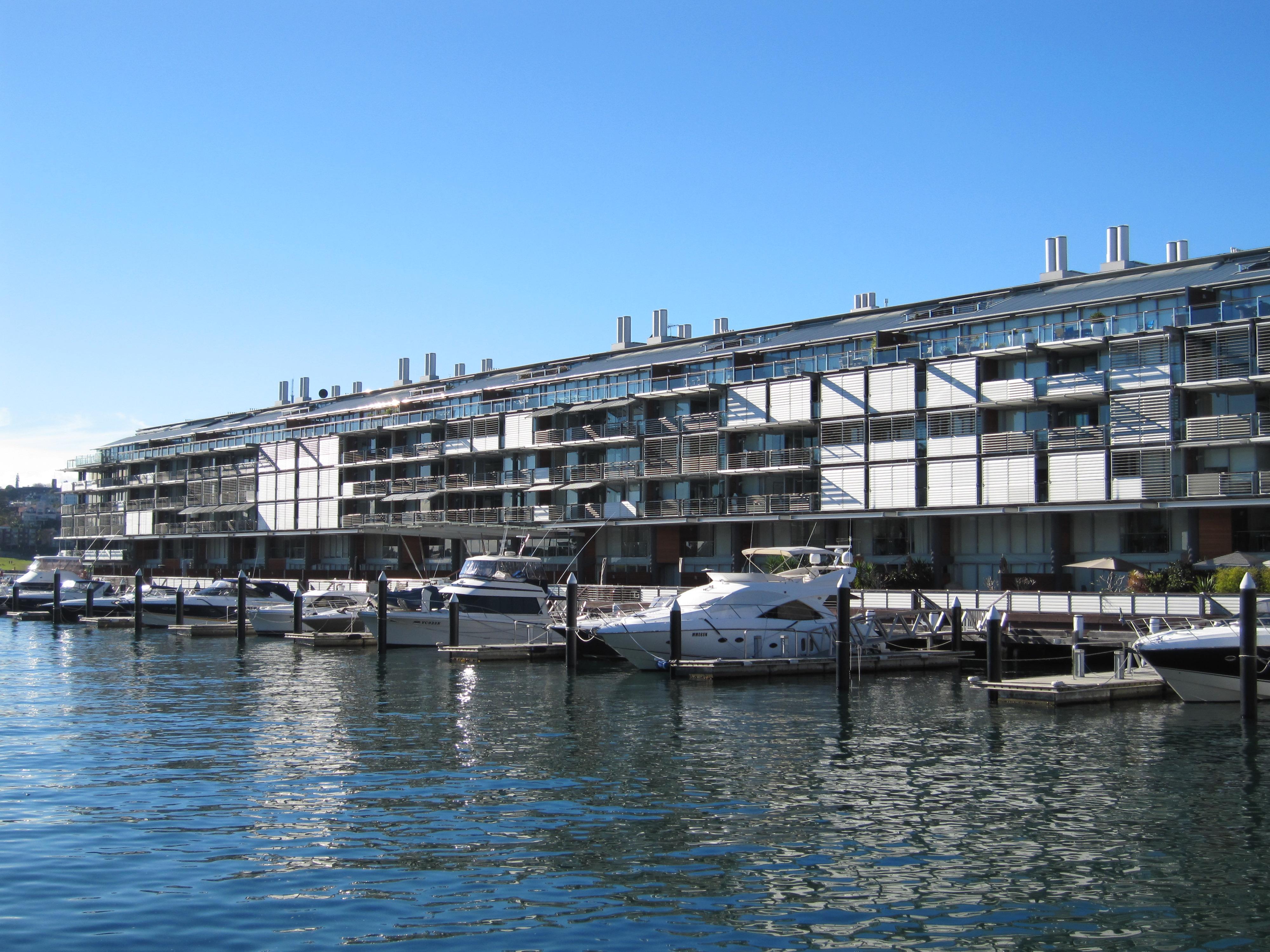 File Walsh Bay Apartments 2 Jpg