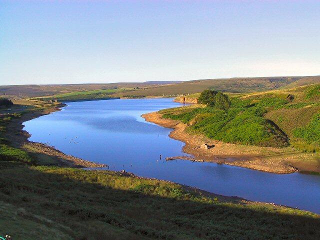 Winscar Reservoir - geograph.org.uk - 34365