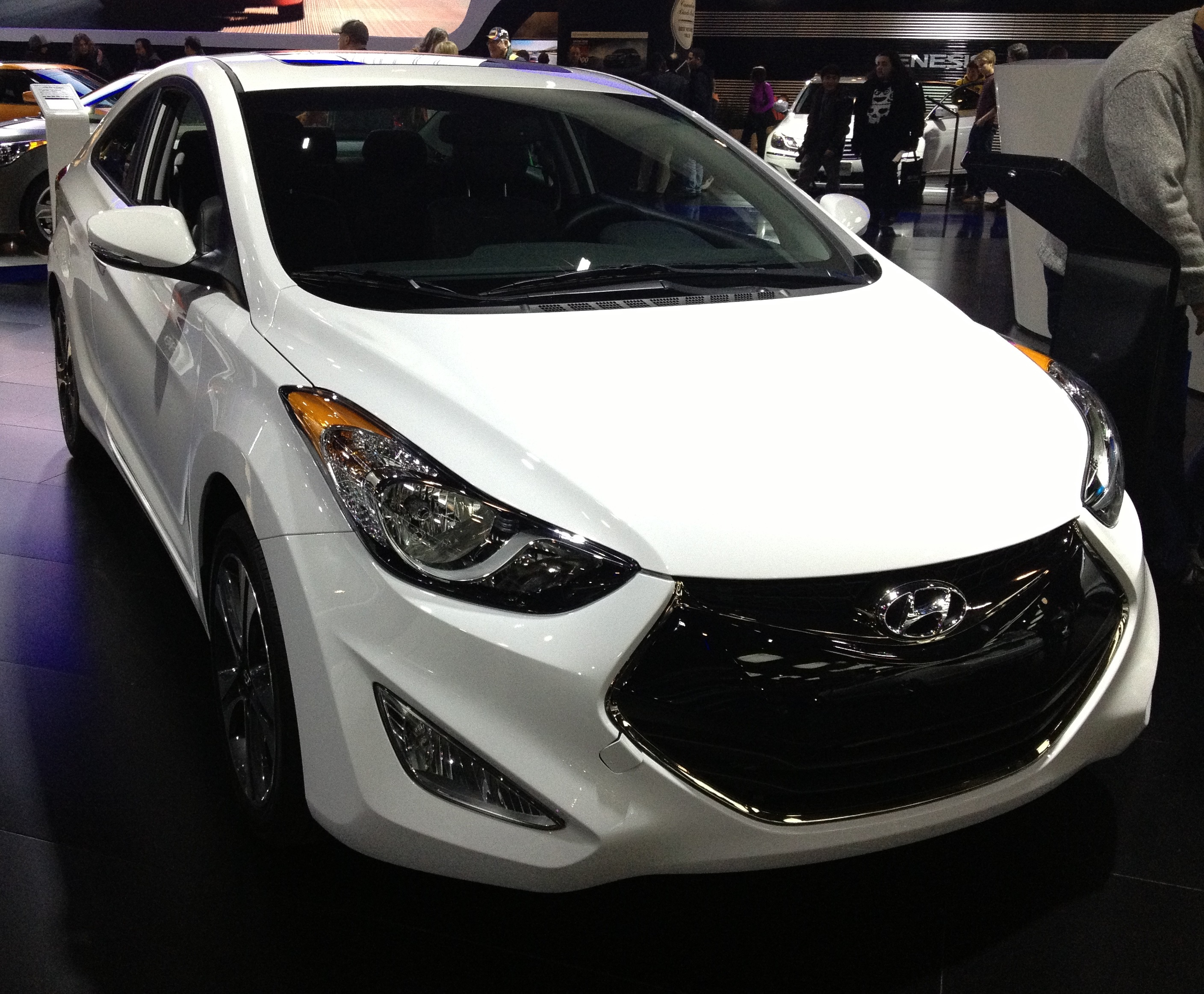 Hyundai 2014 Accent 2014 Hyundai Accent Image 15 Hyundai Accent 2017 Prices And Specifications