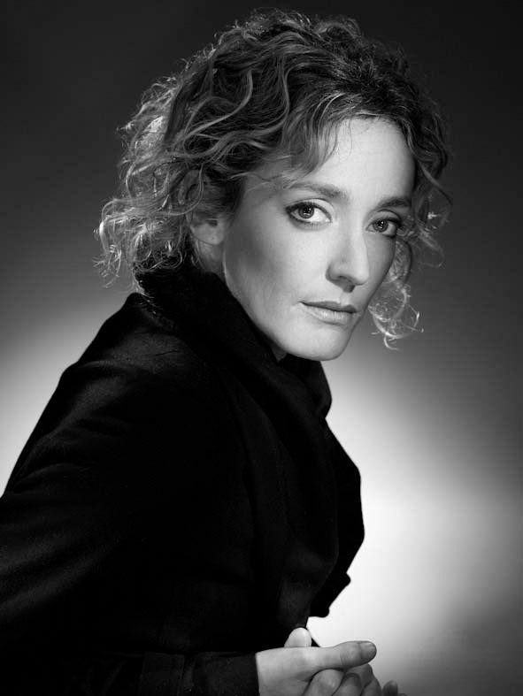 Juliette Arnaud photographiée par le studio Harcourt