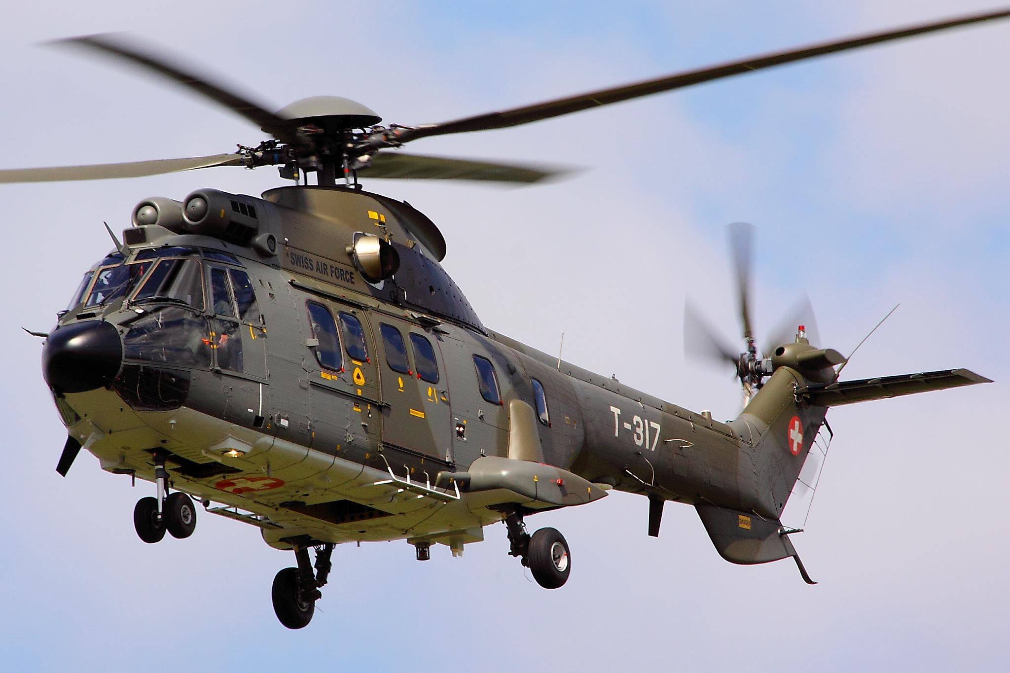 Elicottero Puma : Super puma display team wikiwand